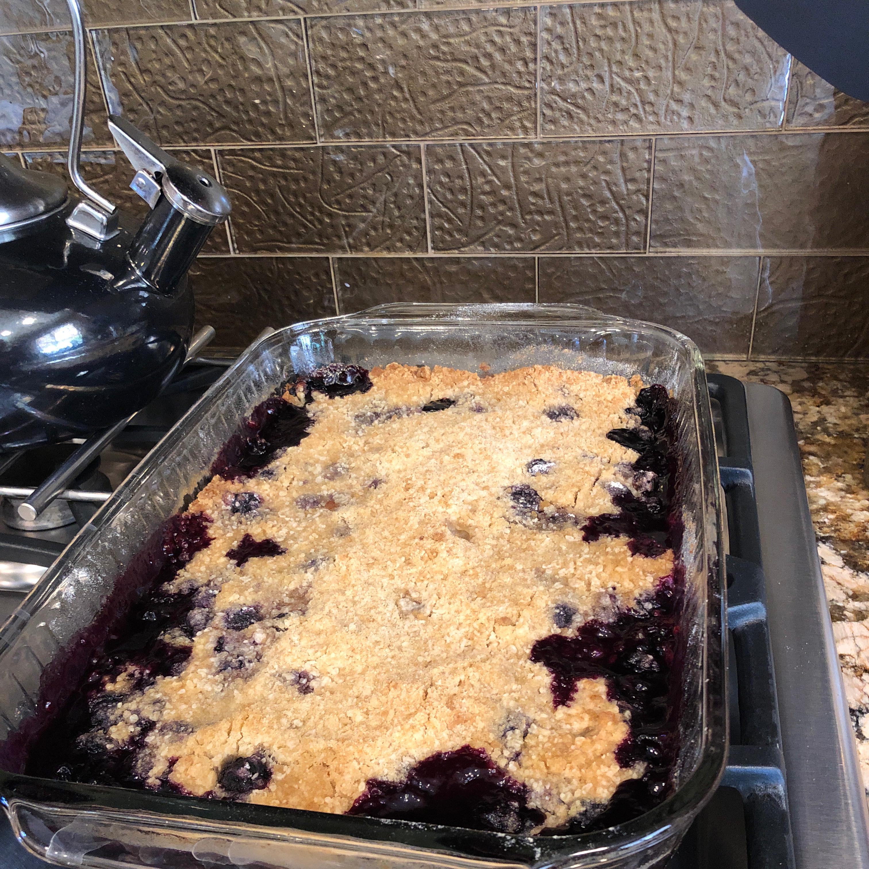 Classic American Blueberry Crisp Falana White