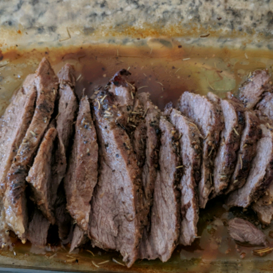Santa Maria-Style Tri Tip Roast