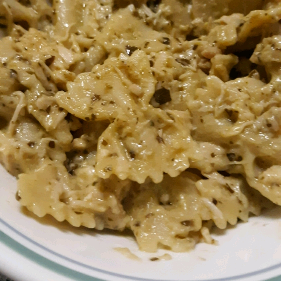Creamy Pesto Chicken and Bow Ties Anna