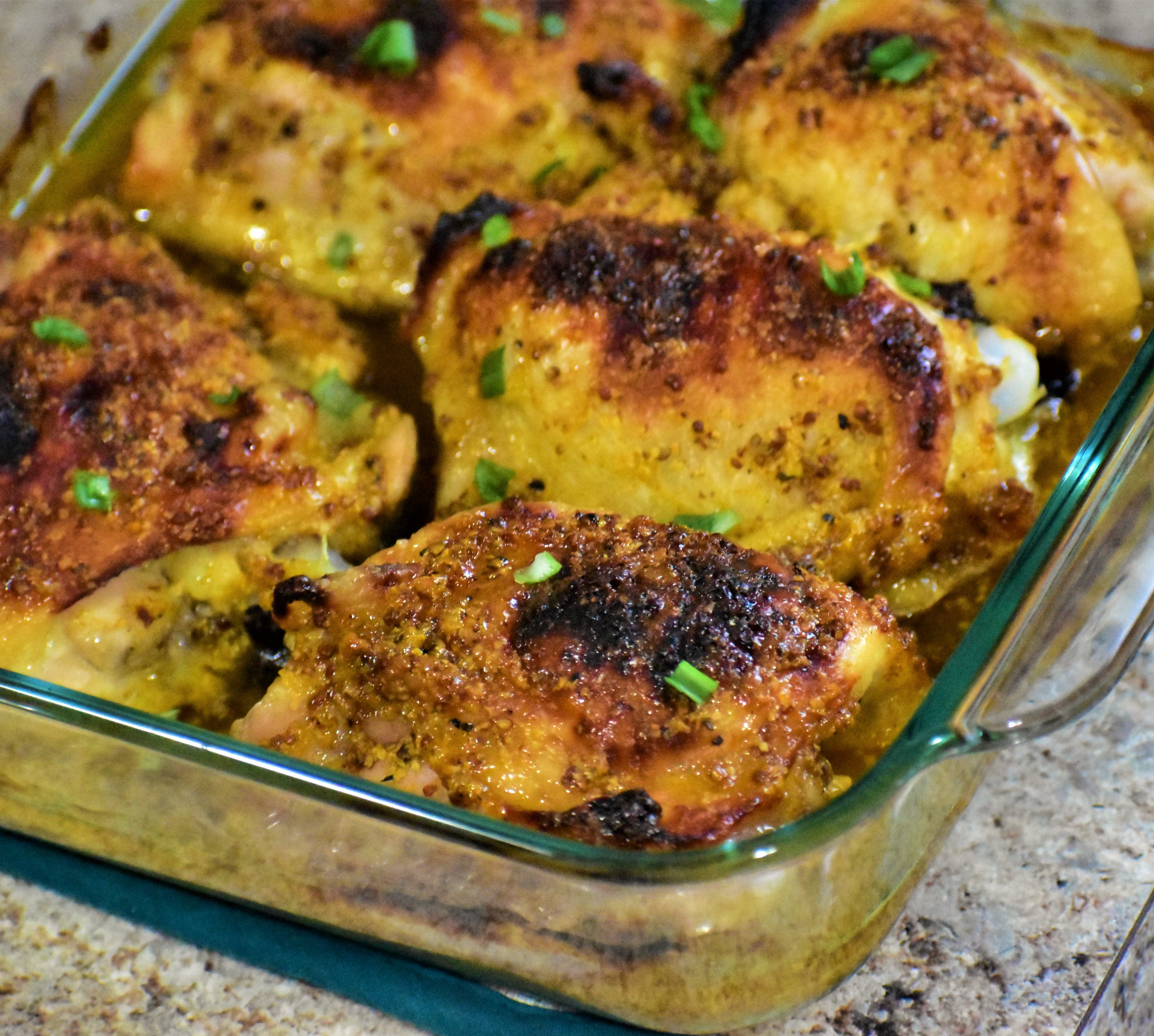 Honey-Mustard and Curry Chicken Thighs bistace