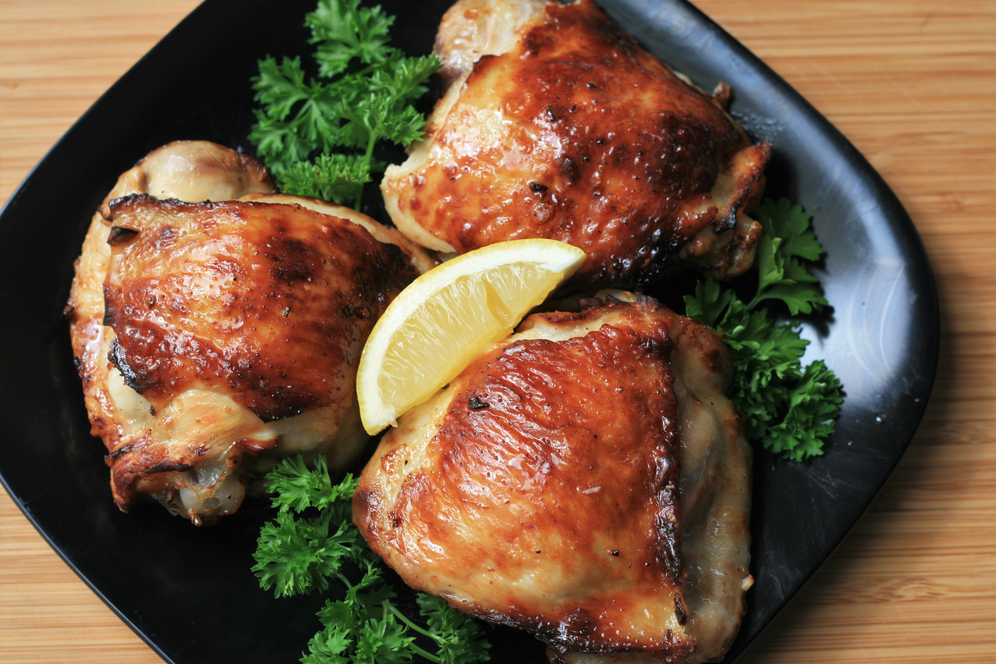 Keto Lemon-Garlic Chicken Thighs in the Air Fryer France C