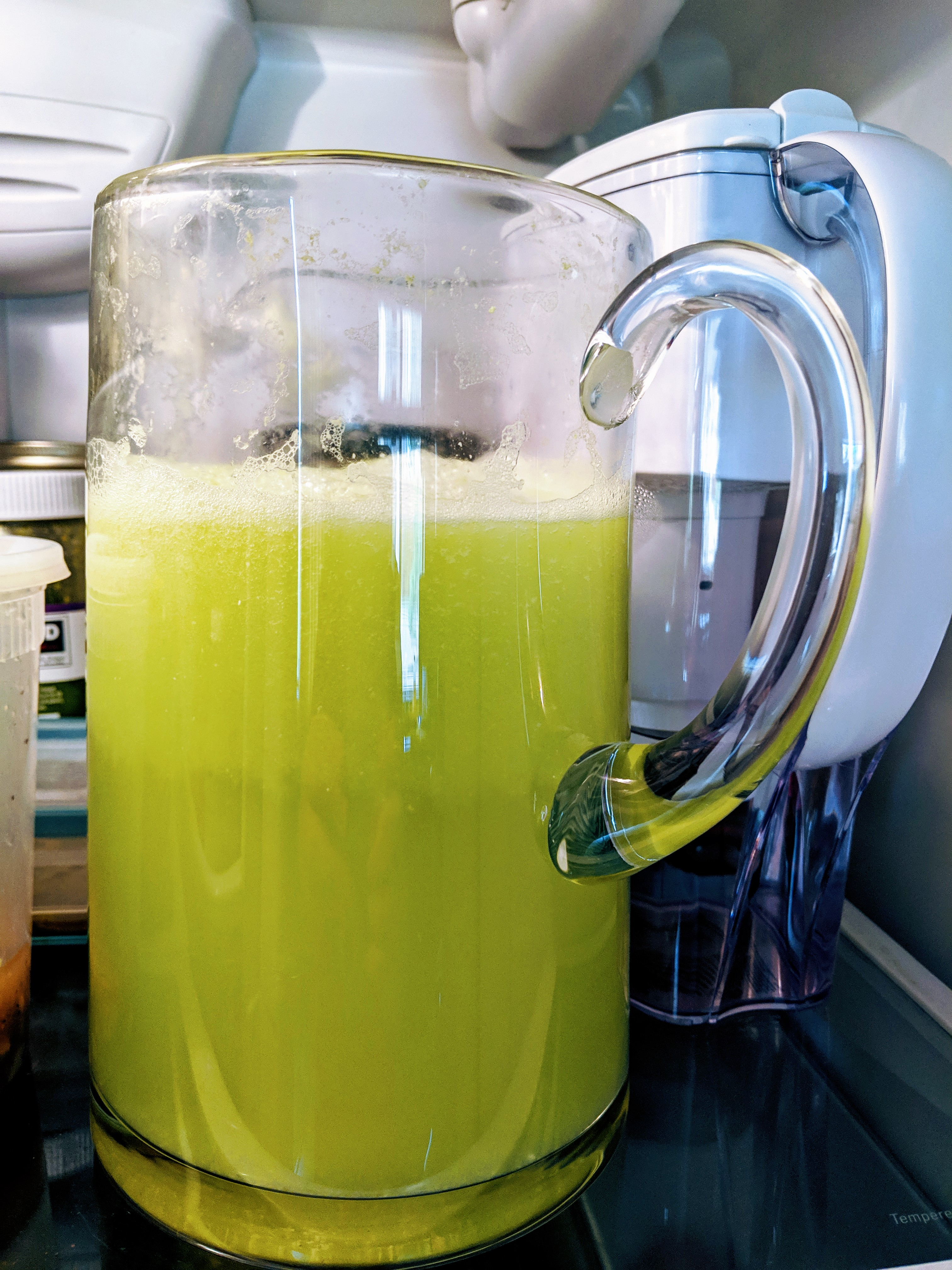 Agua Fresca de Pepino (Cucumber Limeade) estezz