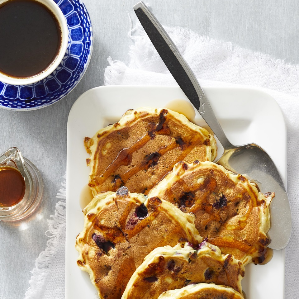 Serve with maple syrup, Lemon-Mint Cream or Blueberry Syrup. Source: EatingWell Magazine, July/August 1998