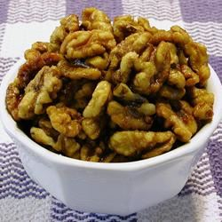 Linda's Fried Walnuts