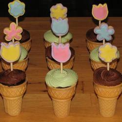 Cone Cupcakes Patricia O'Sullivan Meighoo