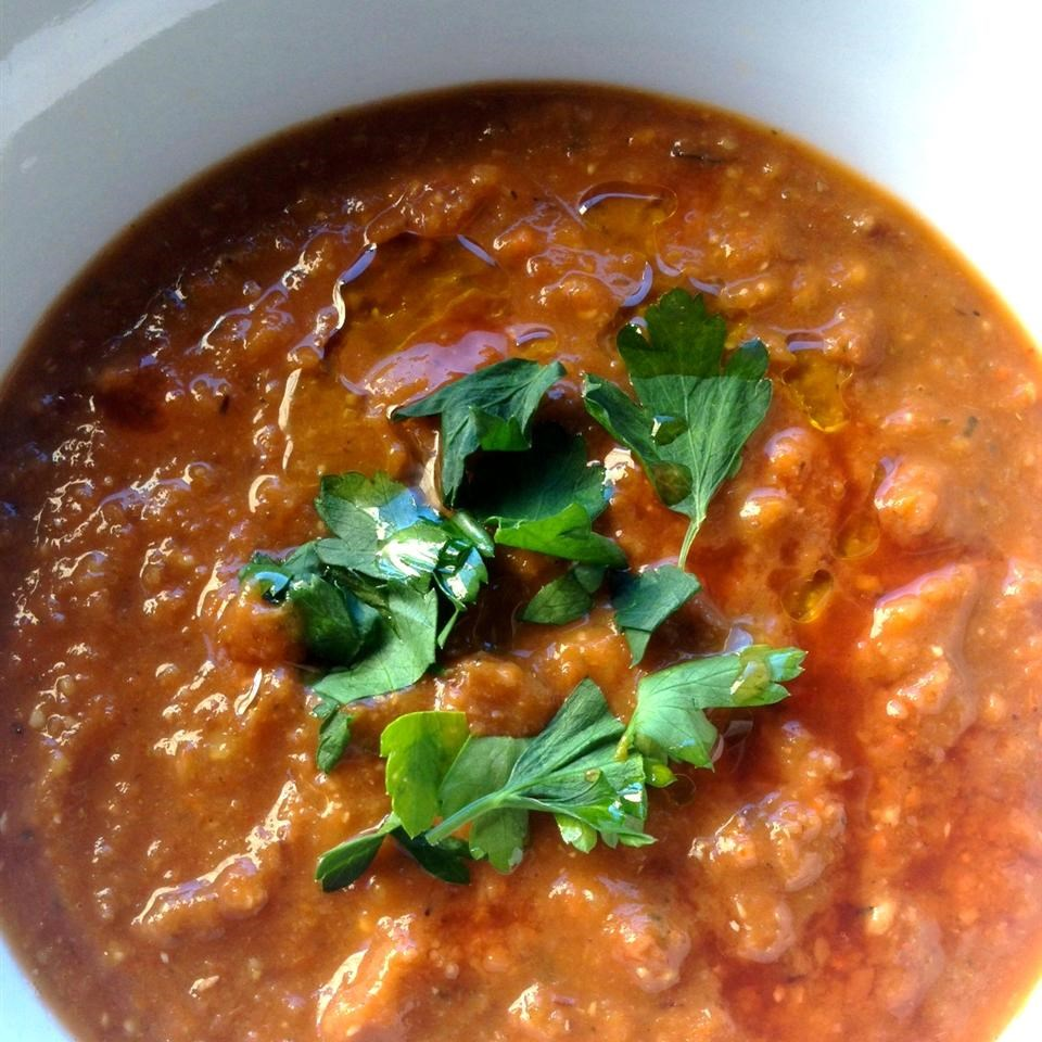Roasted Pepper and Lentil Soup
