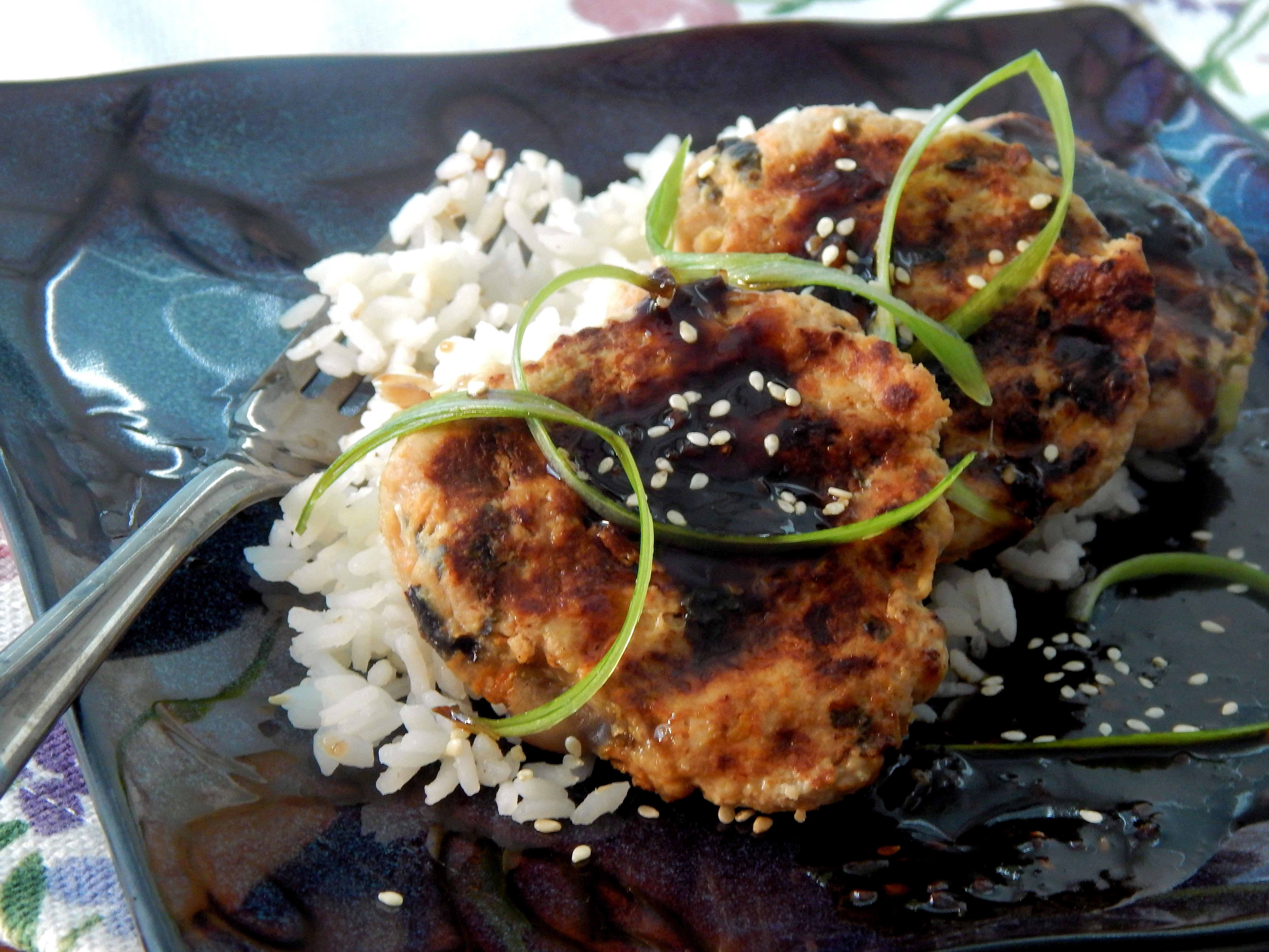 Tsukune (Japanese Chicken Meatballs) garywhinton