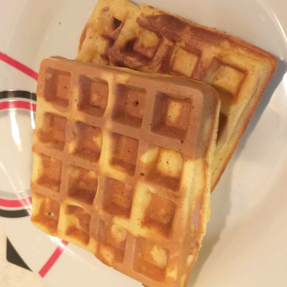 Chicken in a Waffle simplyebere