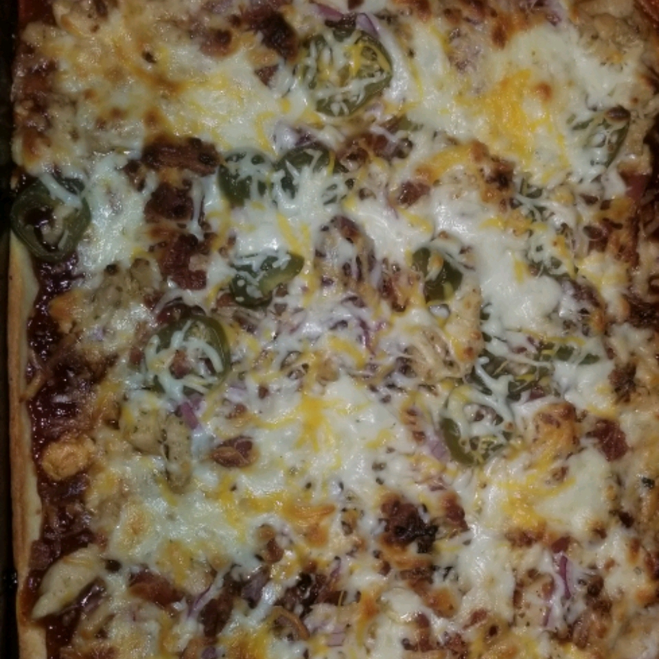 Husband-Friendly Chicken Pizza Alicia Gibson