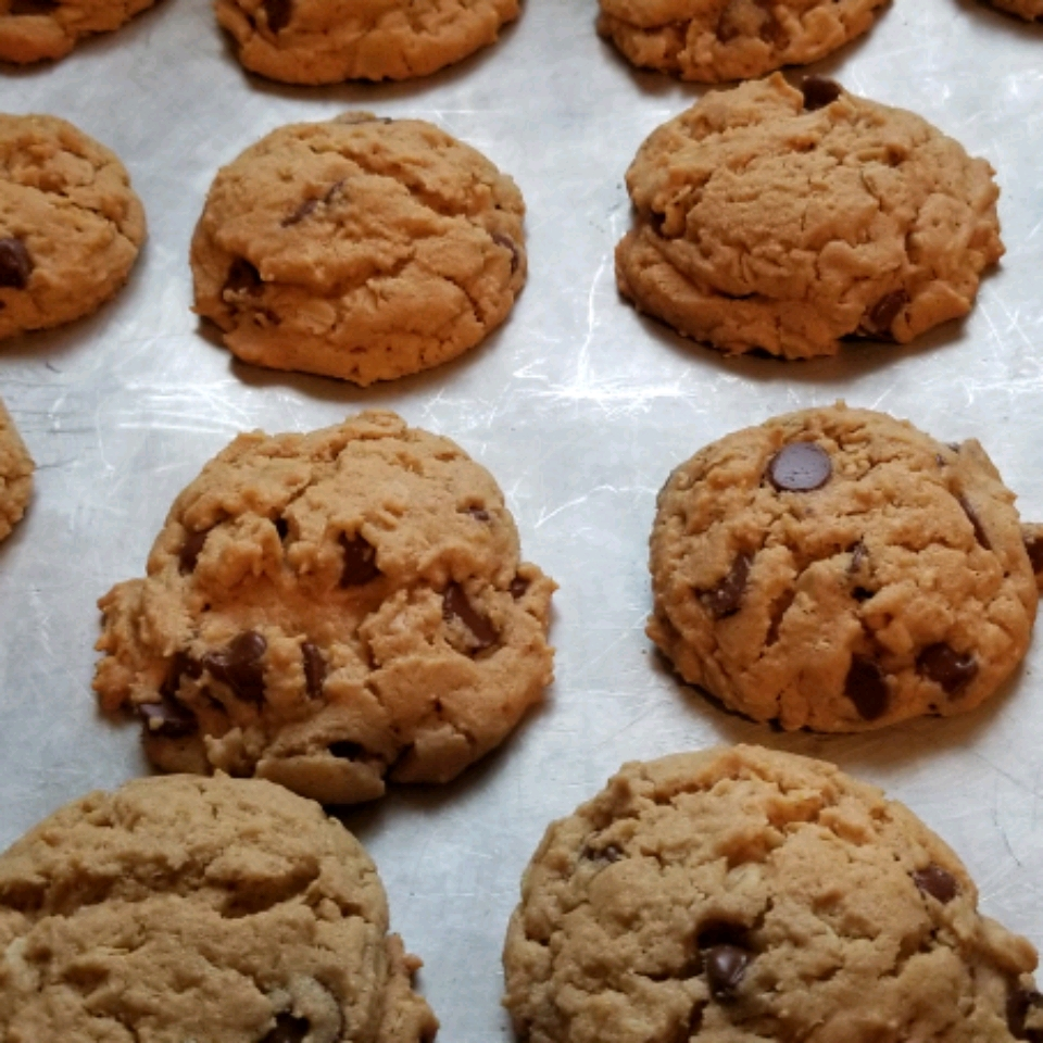 Outrageous Chocolate Chip Cookies Brenda Boschee