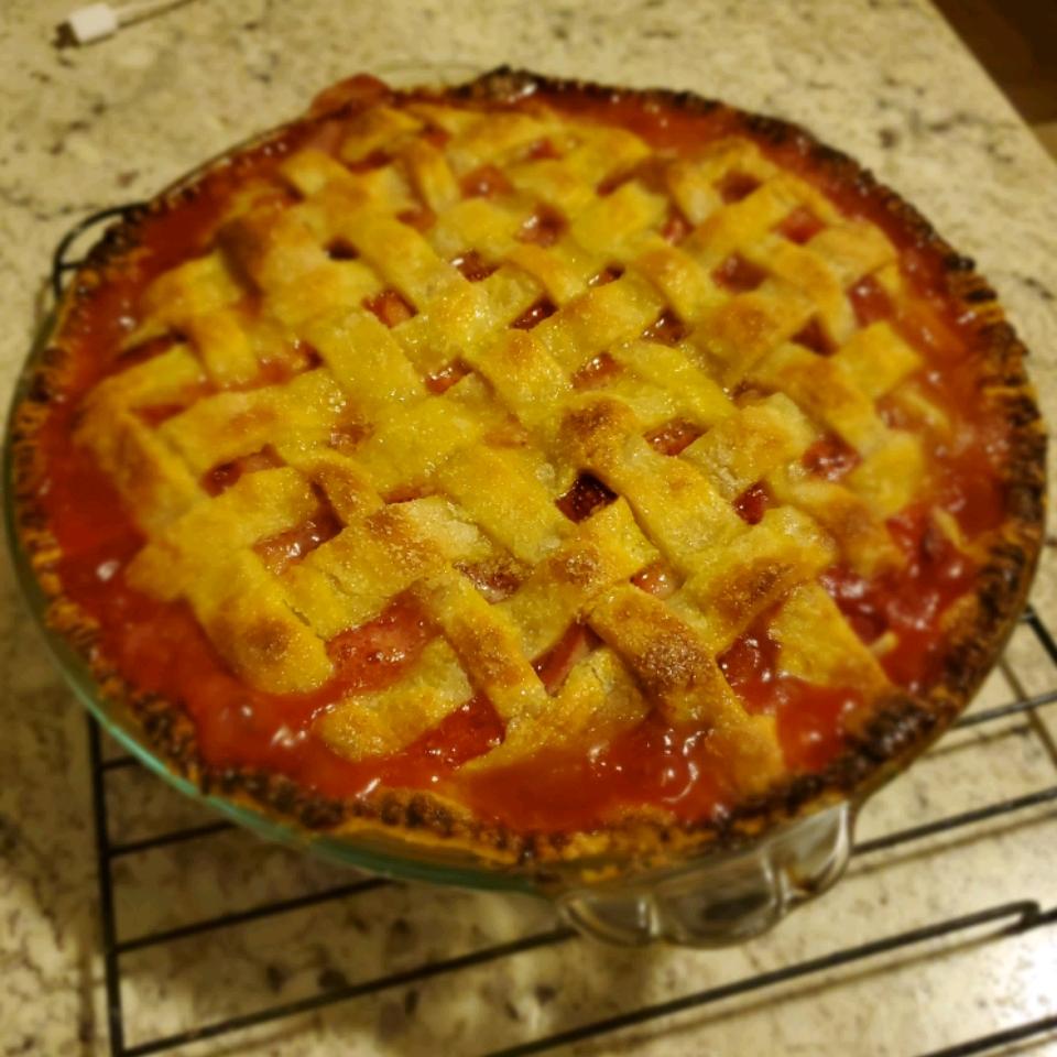 Rhubarb and Strawberry Pie Britny Wrench