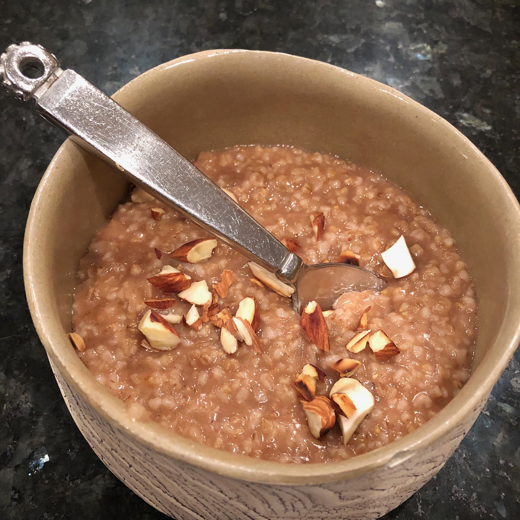 Instant Pot® Vegan Steel-Cut Oats with Apple and Cinnamon