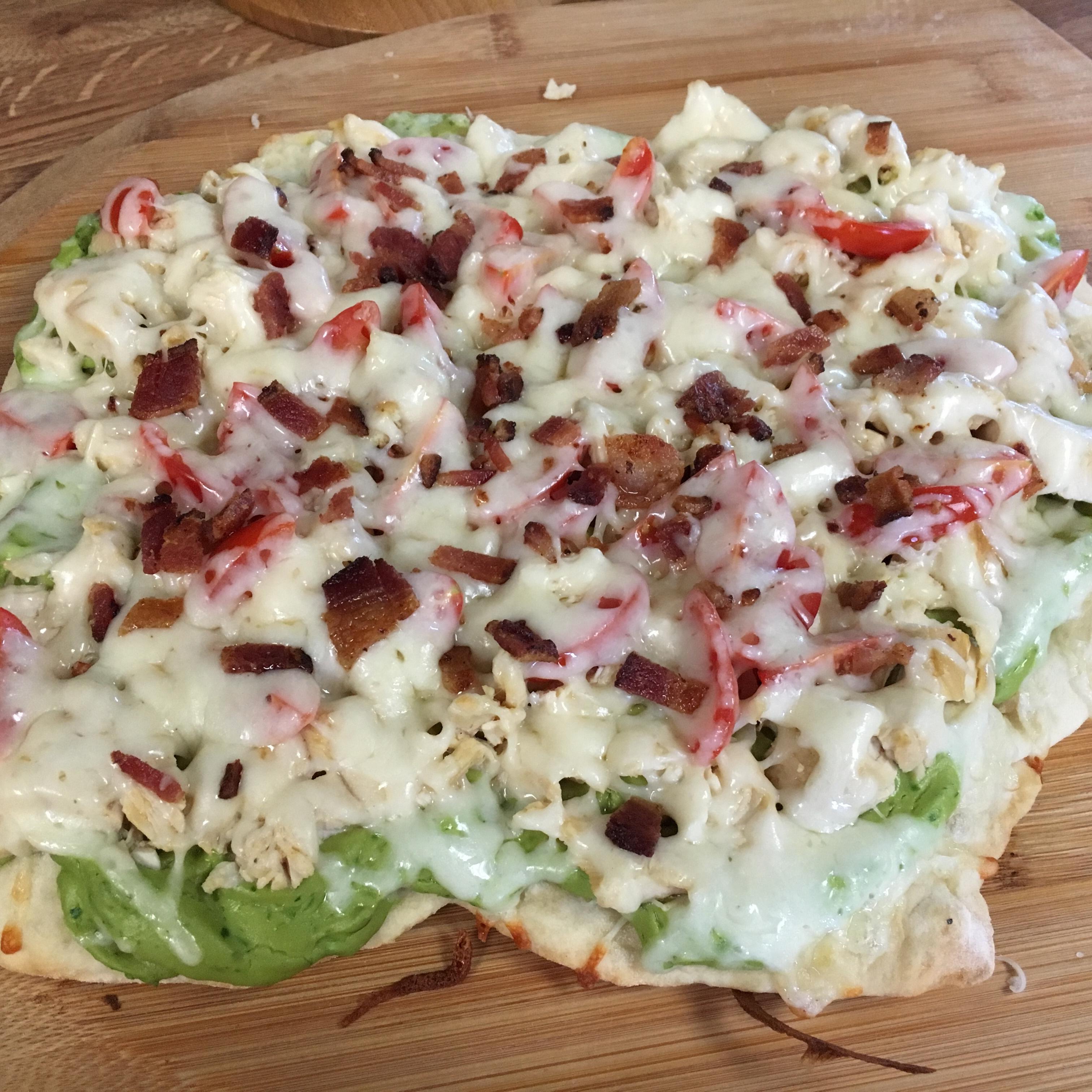 Chicken Avocado Pizza greennoah4