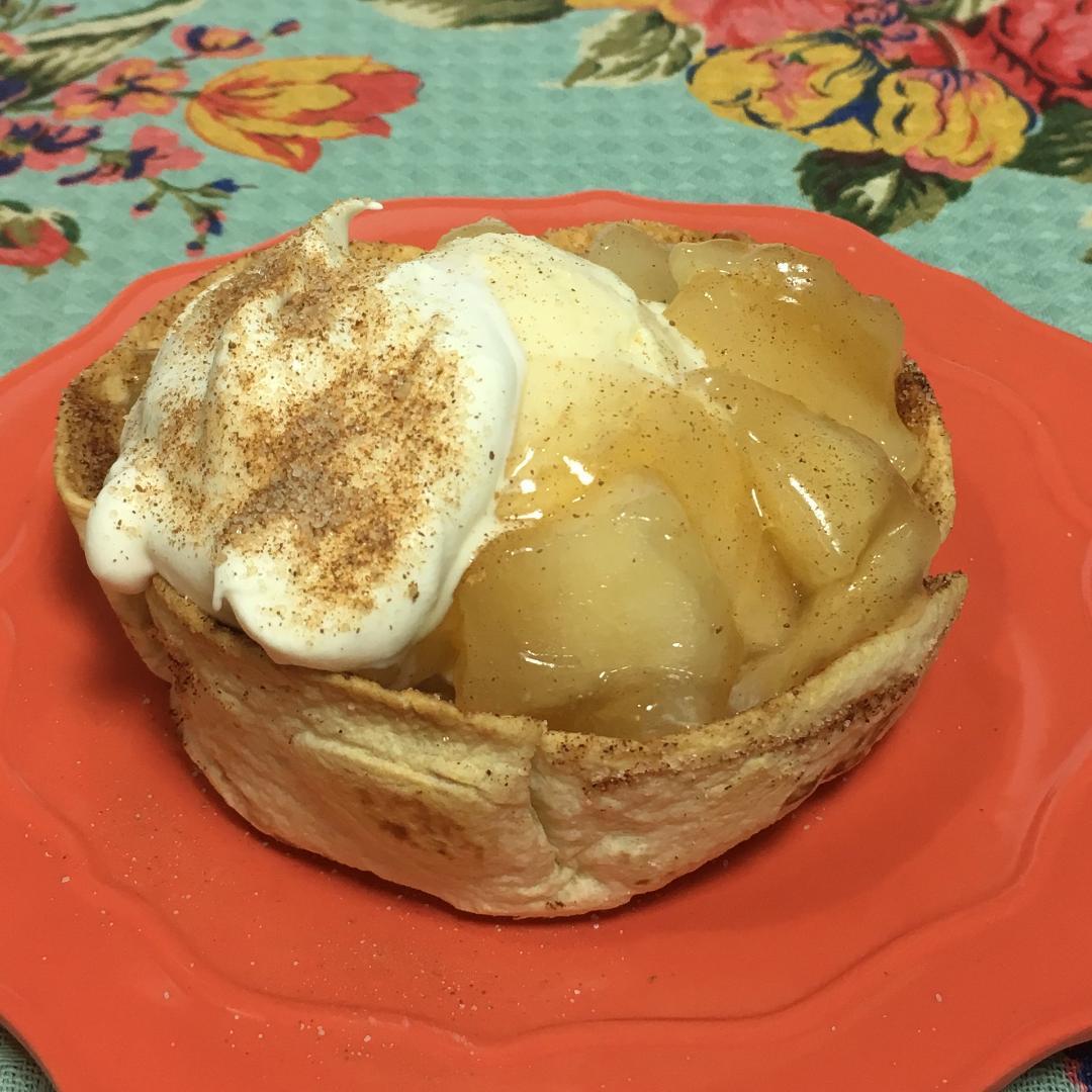 Apple Pie a la Mode Taco Cup