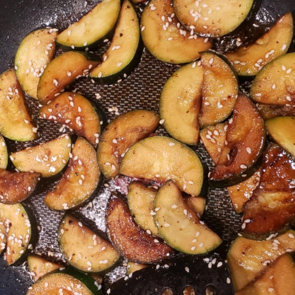 Asian-Style Zucchini StelzerS