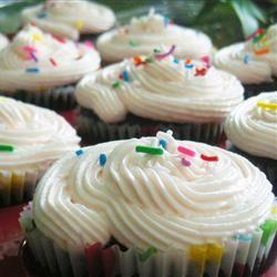 Ghirardelli® Dark Chocolate Cupcakes
