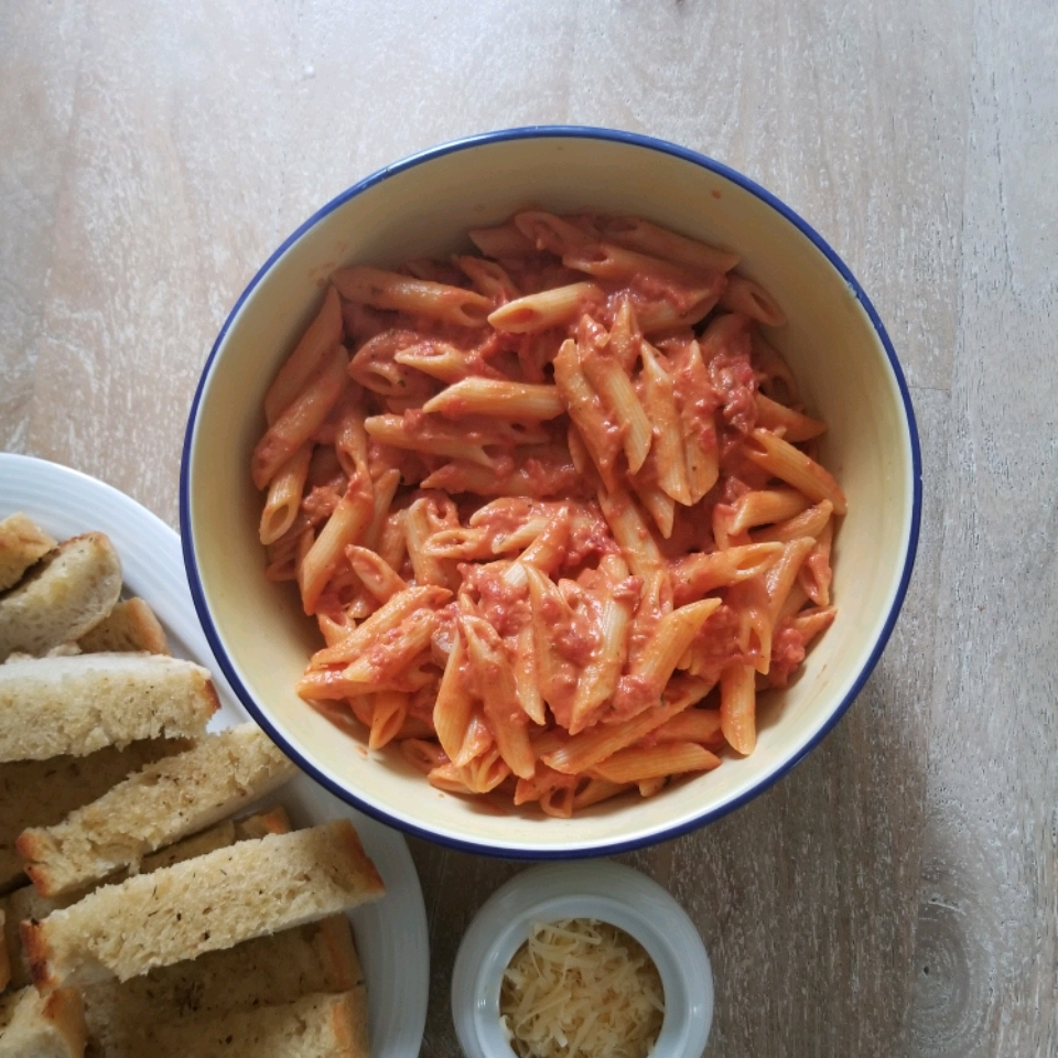 Chef John's Penne with Vodka Sauce