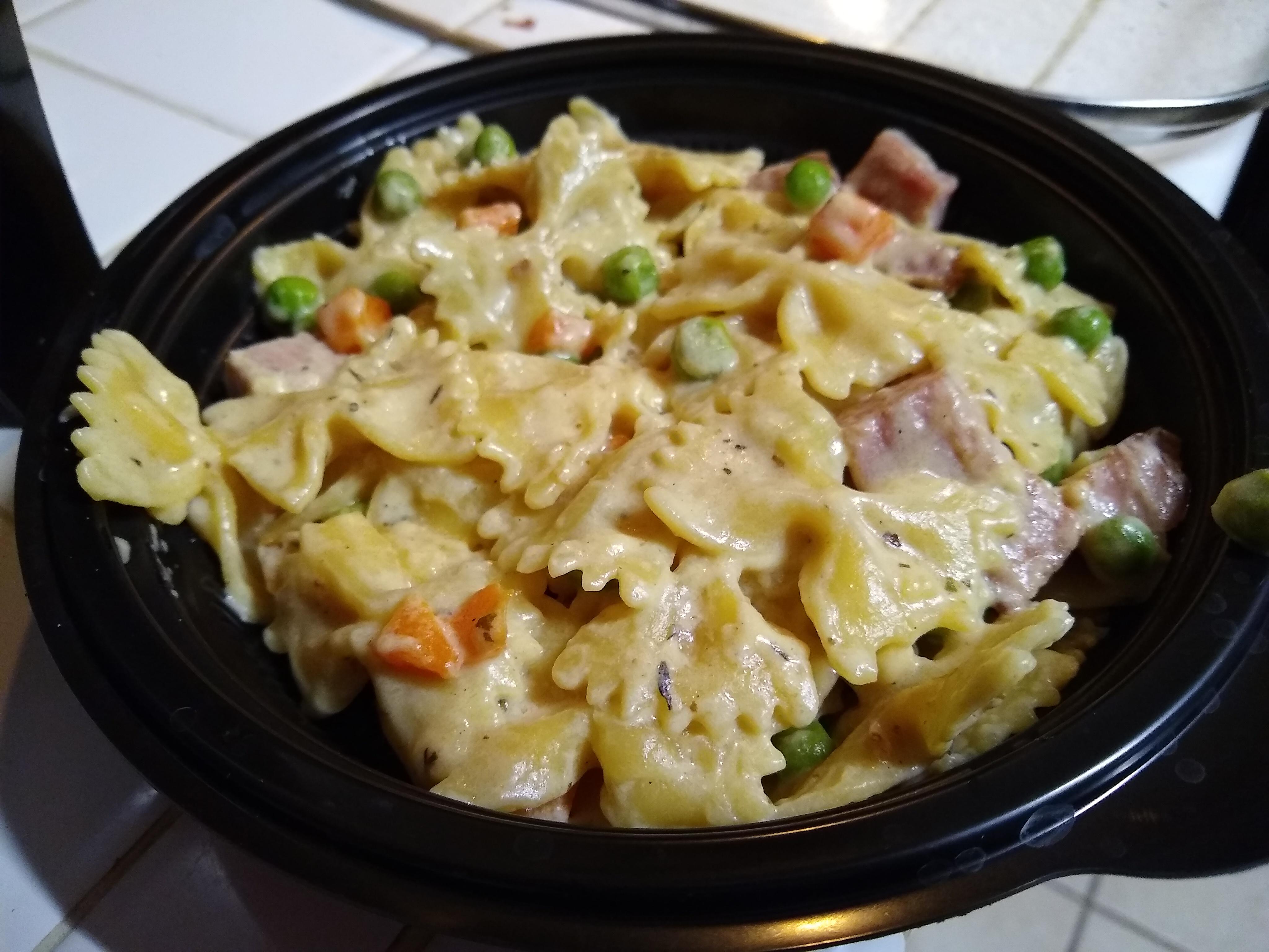 One-Pot Ham and Veggie Pasta John M