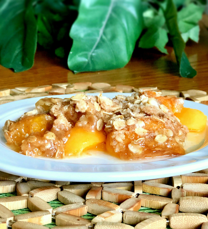 Slow Cooker Peach Crisp