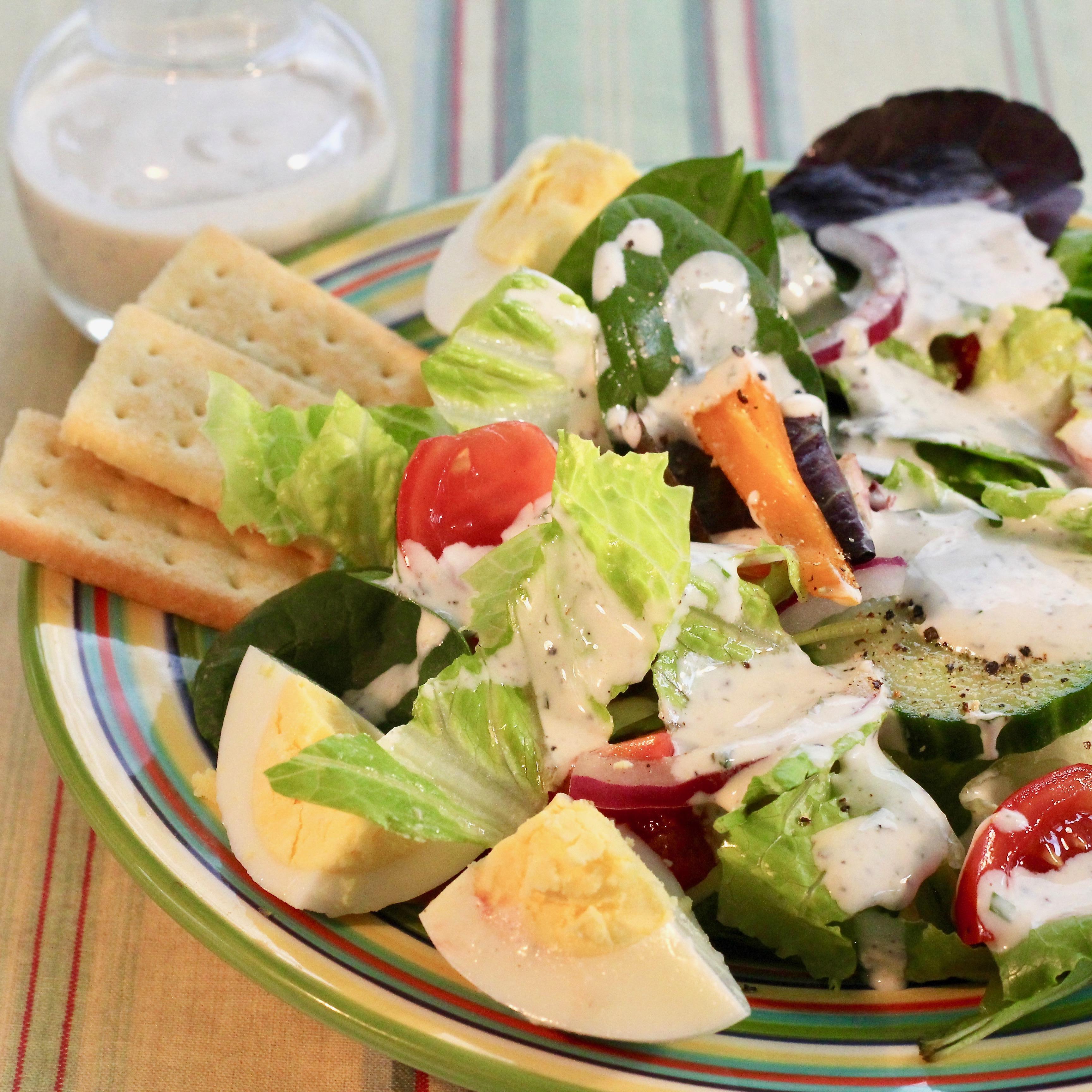 Buttermilk Peppercorn Ranch Salad Dressing