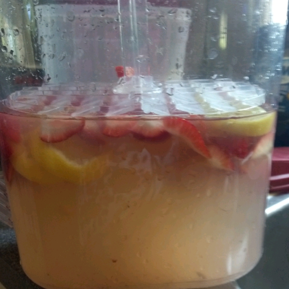 Best Strawberry Lemonade Ever