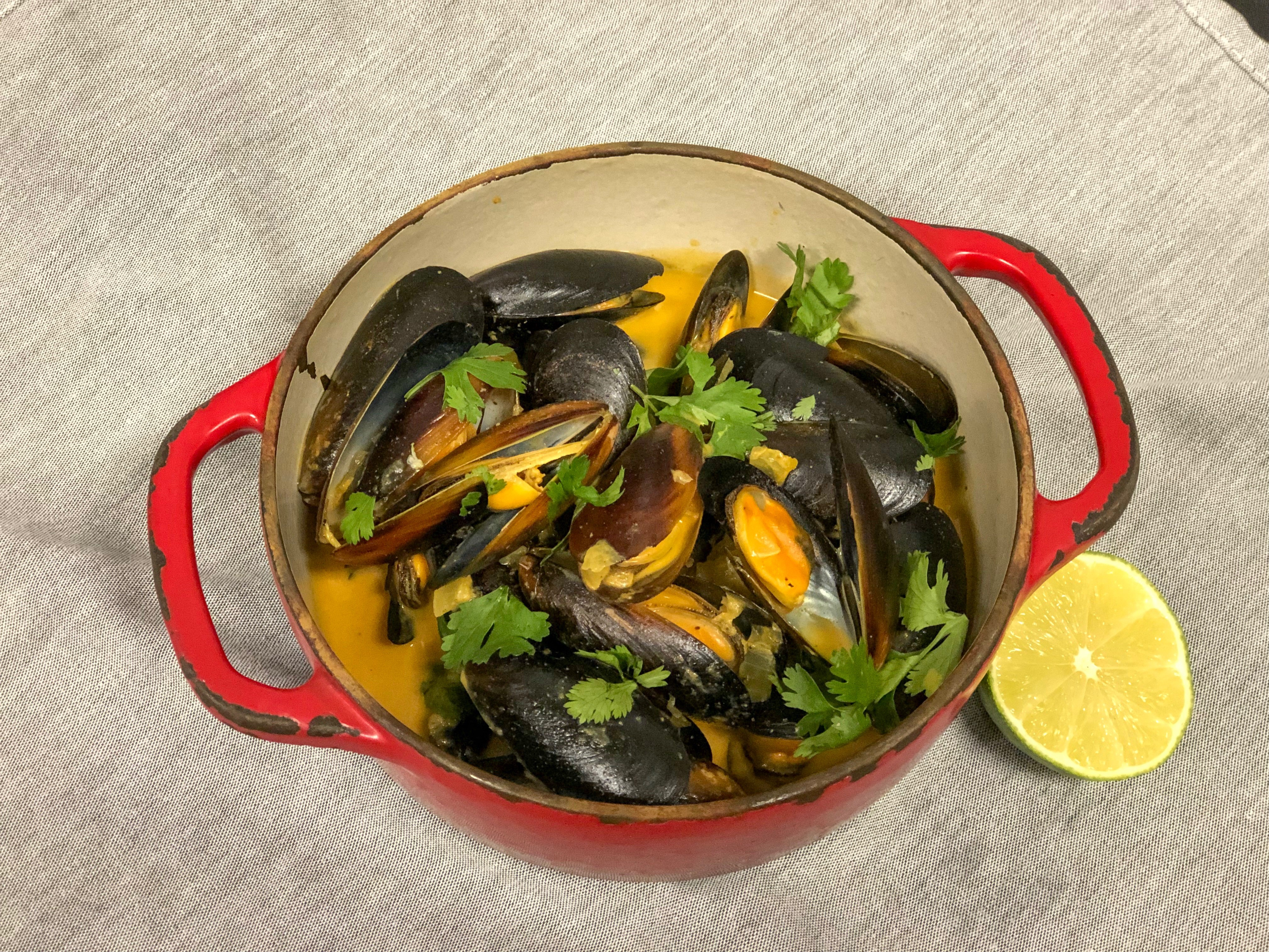 Mussels in Lime-Coconut Broth