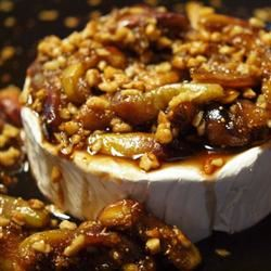 Figs and Toasted Almonds Brie Alanna