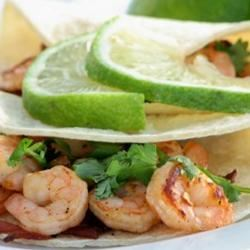 Chipotle Shrimp Tacos mominml