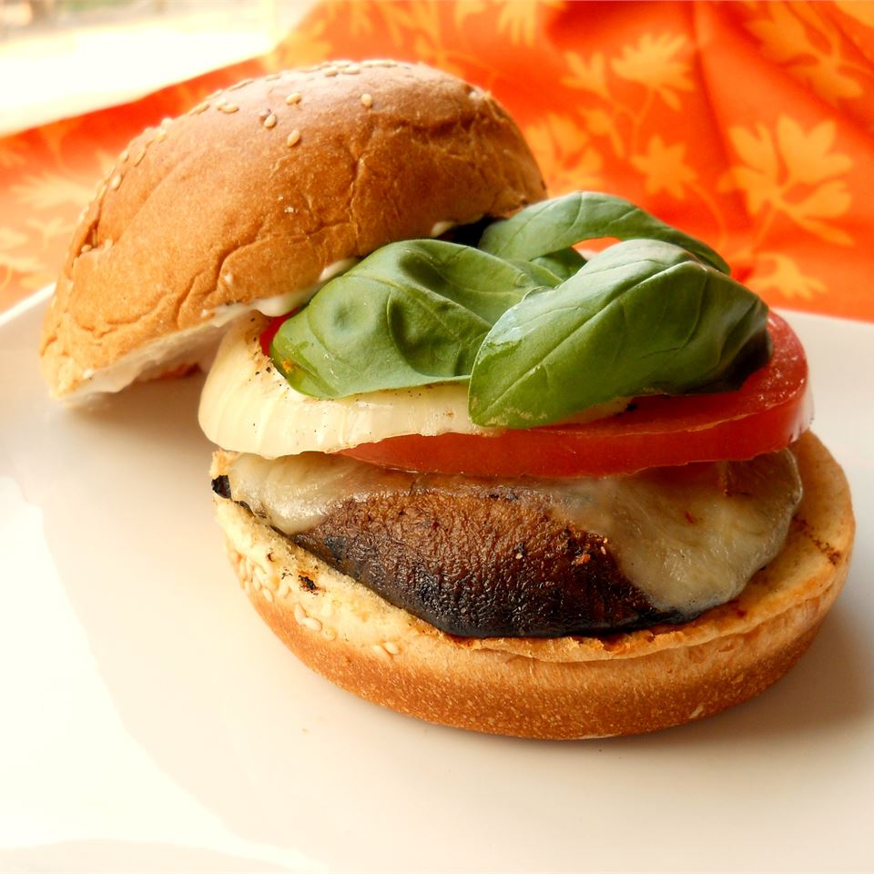 Grilled Portobello Sandwich with Roasted Red Pepper and Mozzarella CookinBug