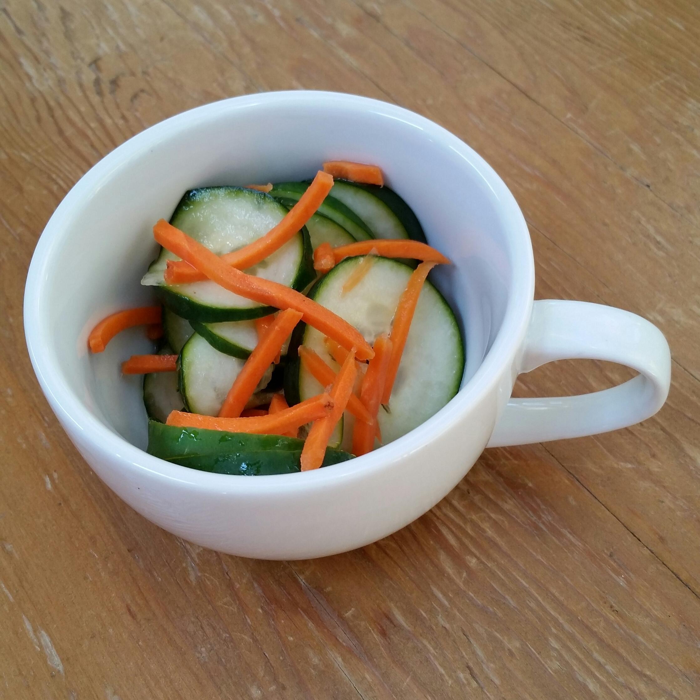 simple cucumber salad recipe