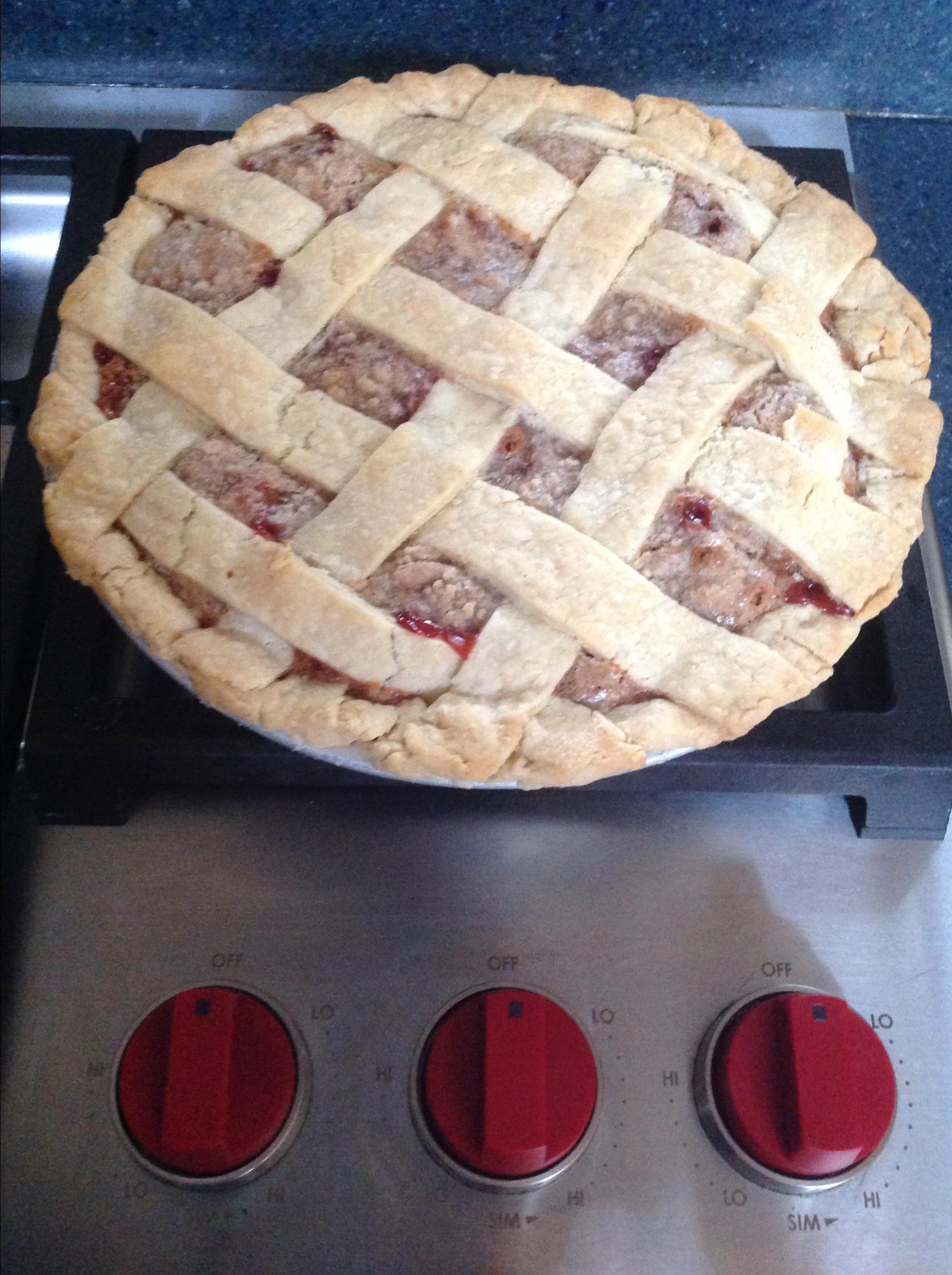 Buffalochef's Strawberry Rhubarb Pie cornfed