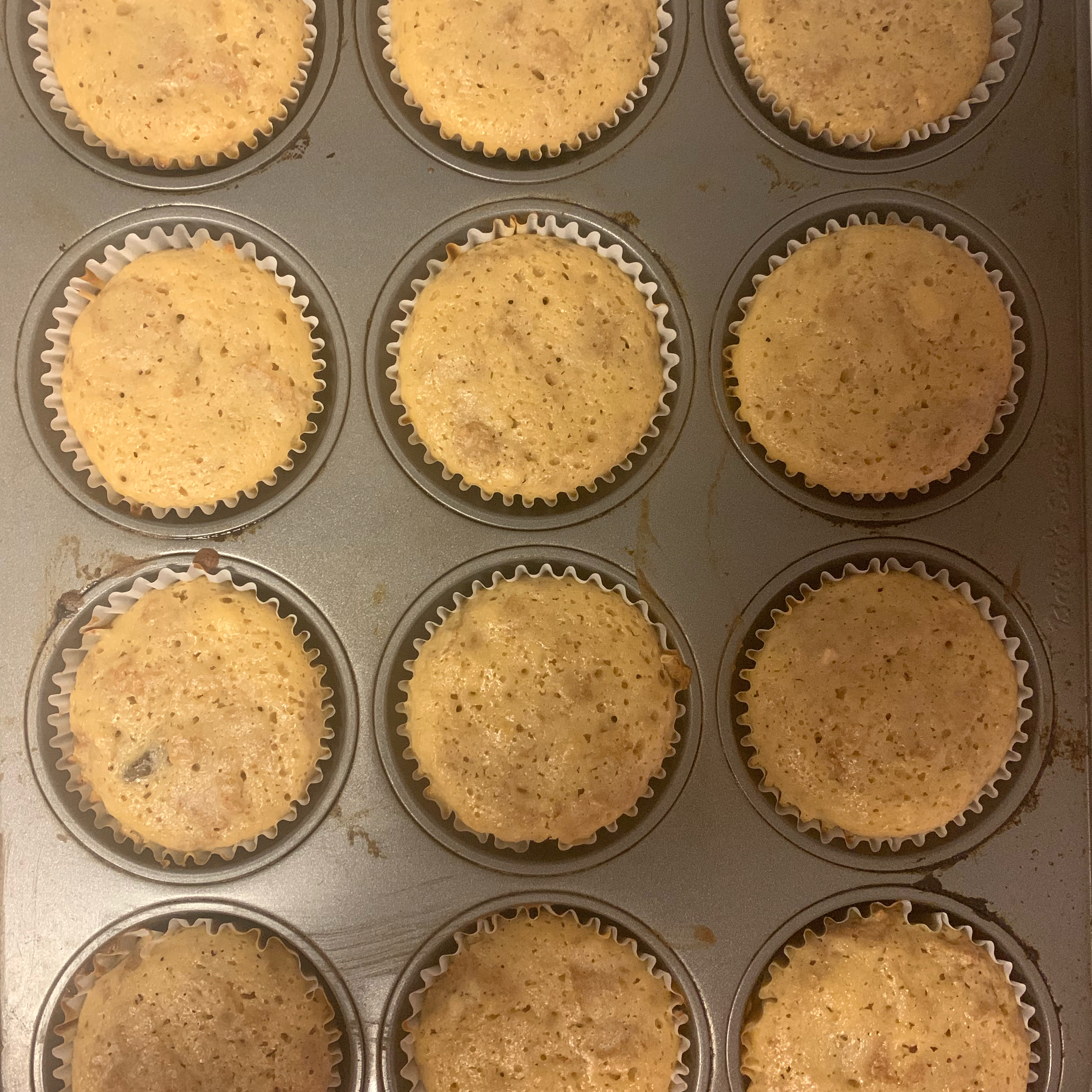 Applesauce Bran Muffins Julie Desrosiers