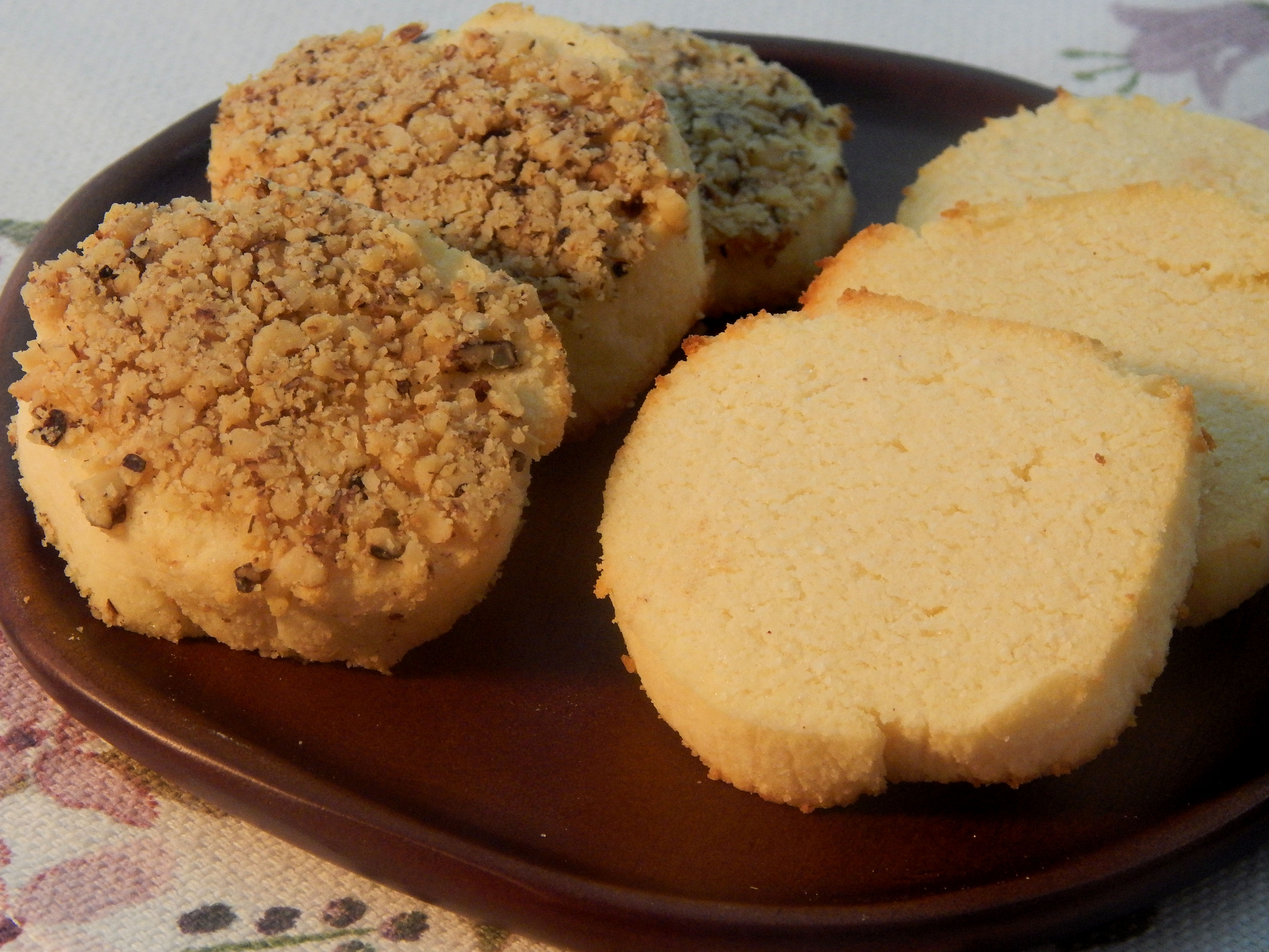 Gluten-Free and Low-Carb Cream Cheese Cookies