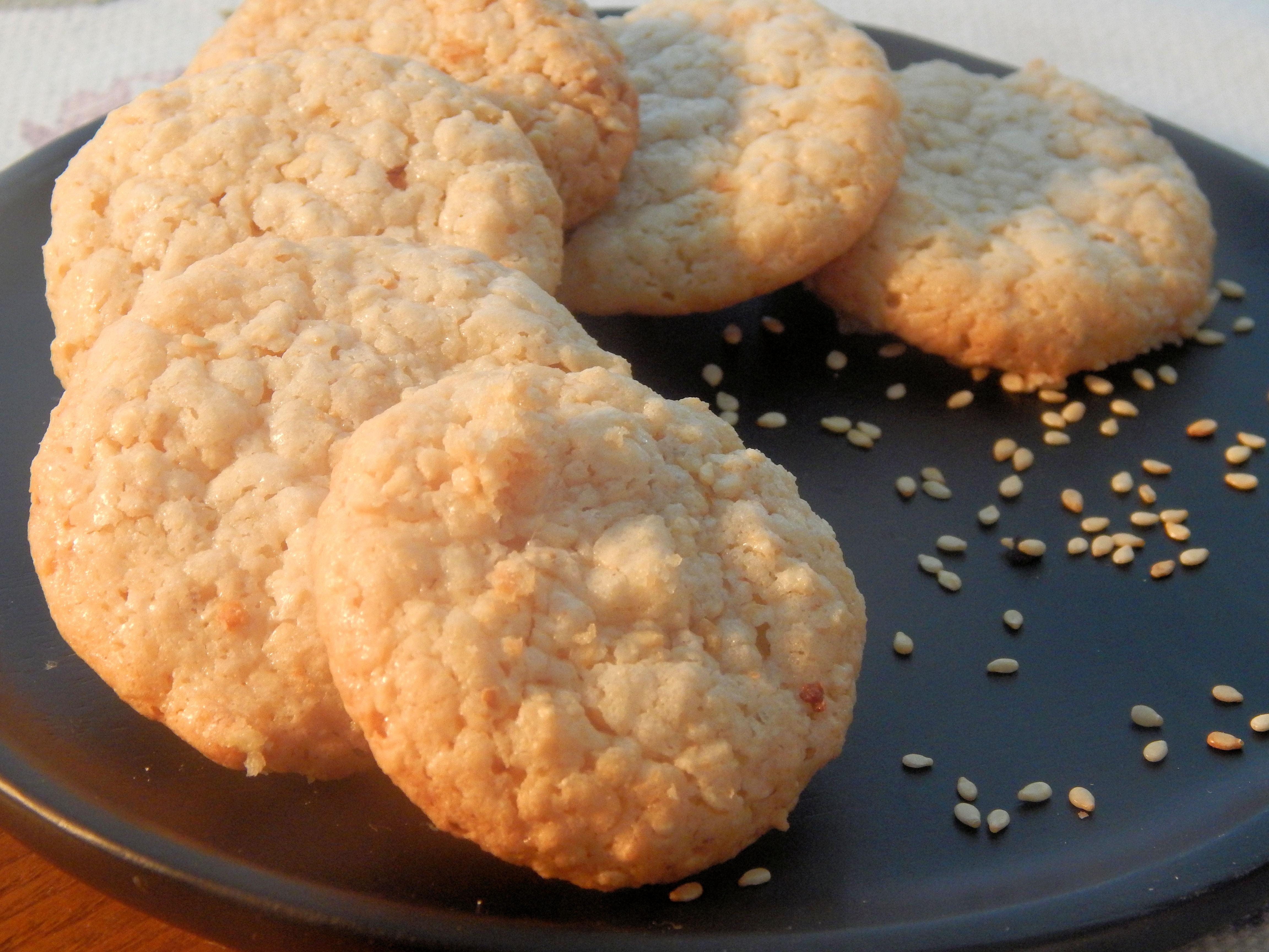 Sesame-Almond Macaroons Laria Tabul