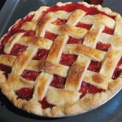 My Own Strawberry Rhubarb Pie melval