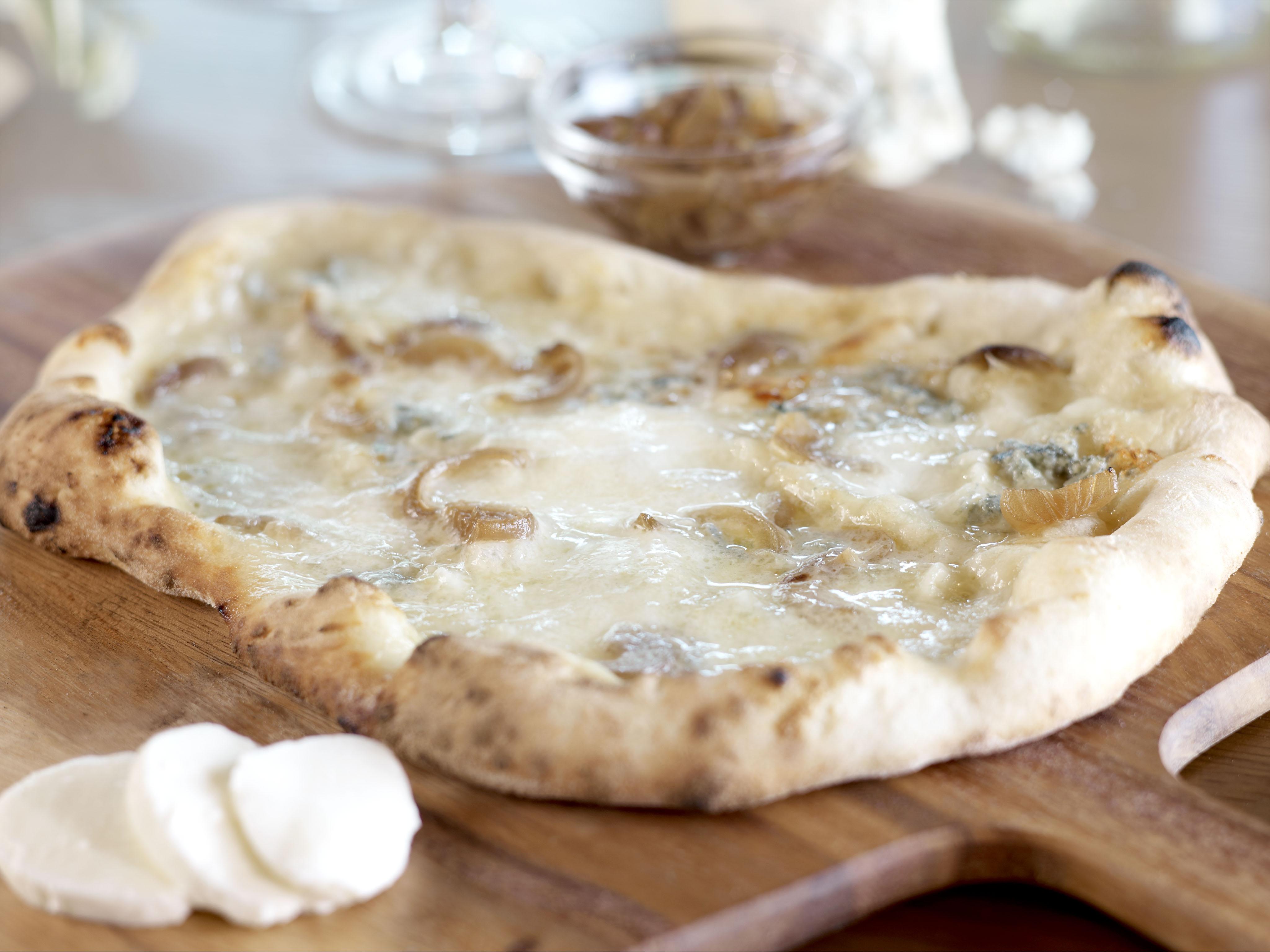 Gorgonzola Pizza with Cipolline Onions