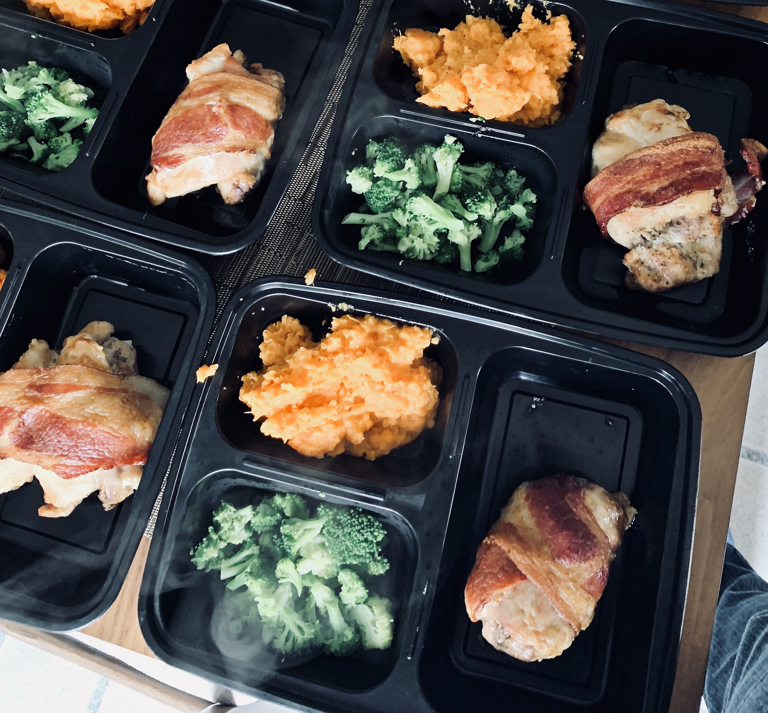 Air Fryer Bacon-Wrapped Chicken Thighs