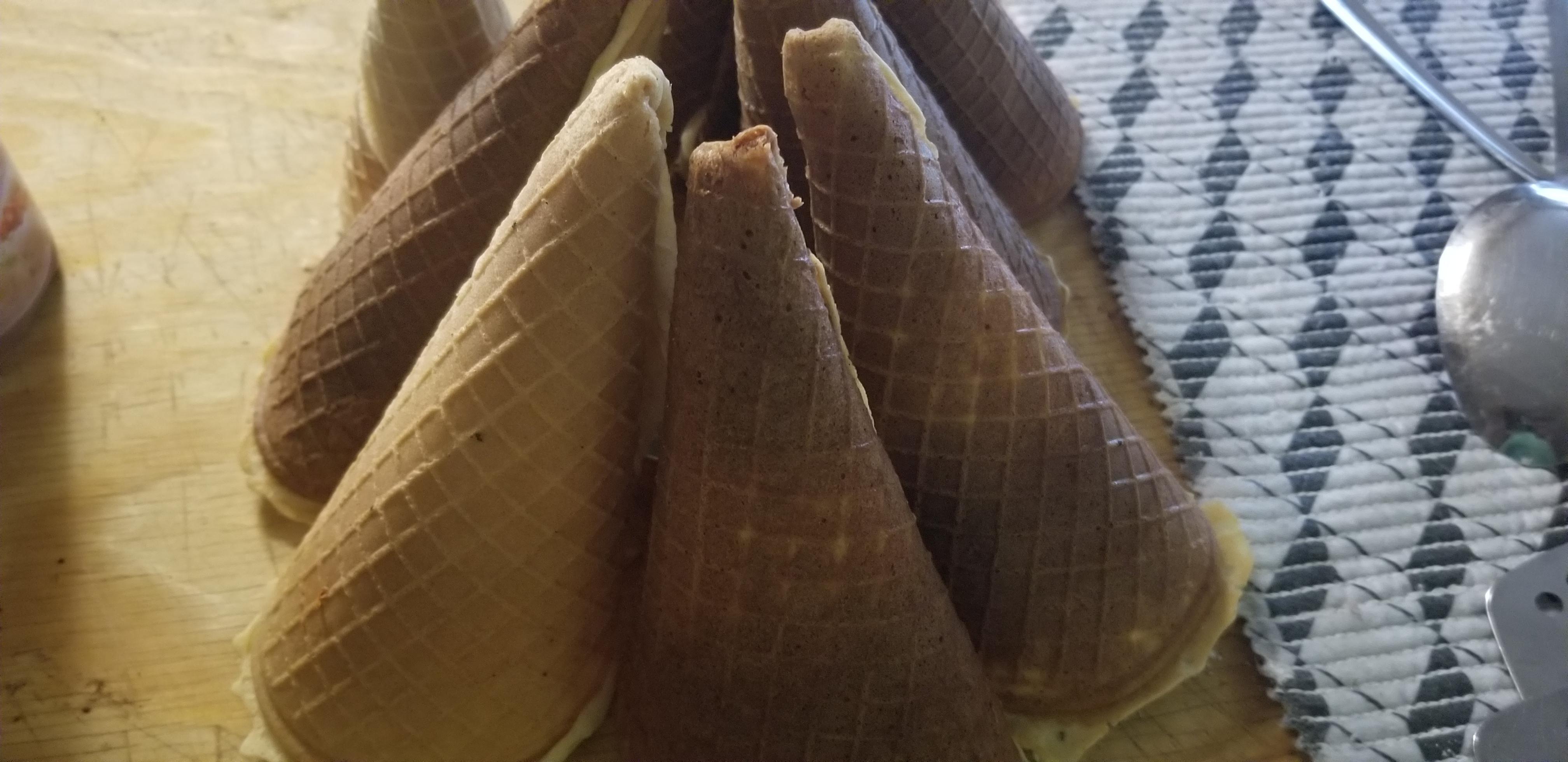 Homemade Ice Cream Cones Chef EDWR Fle