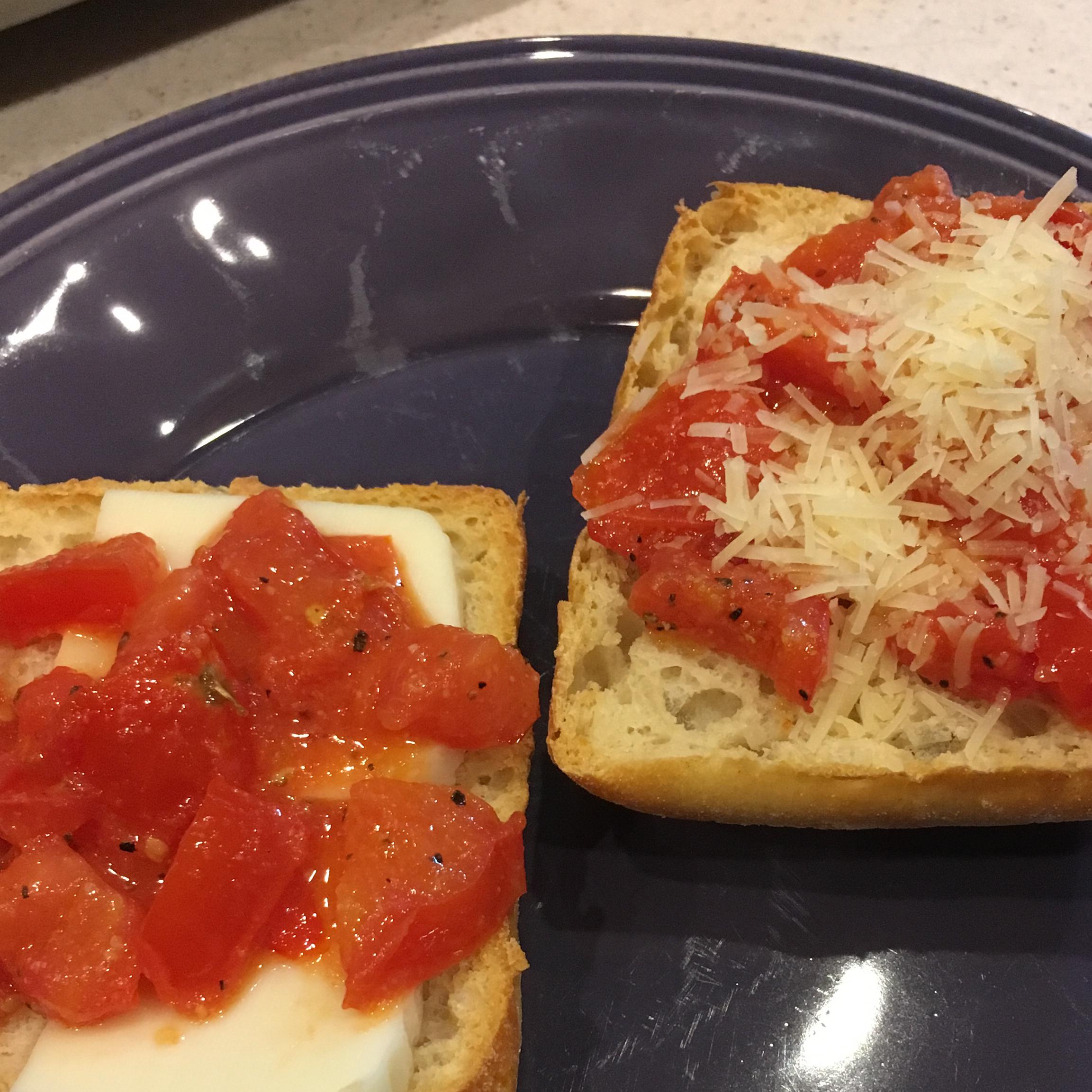 Tomato-Garlic Bread RuthB
