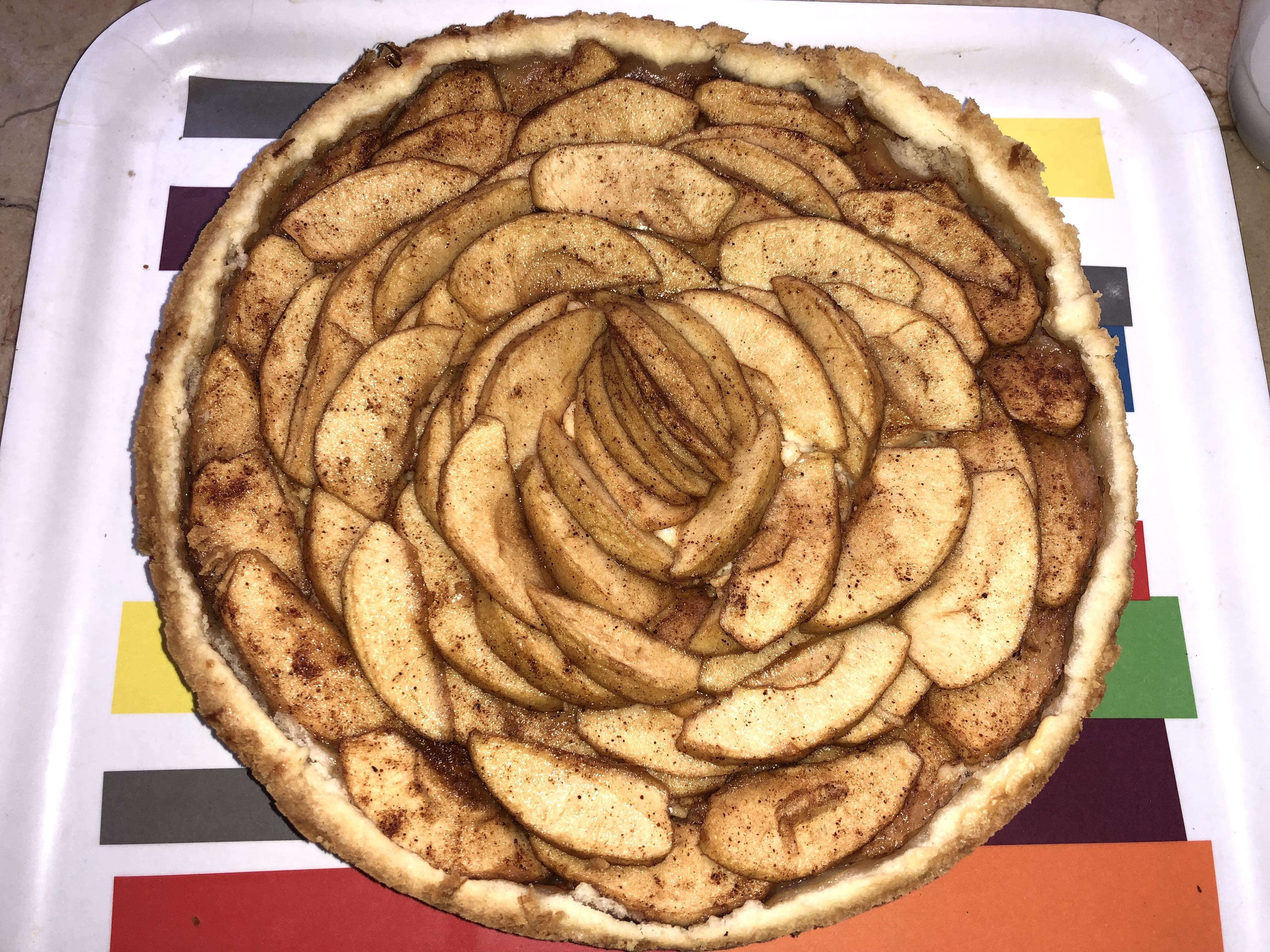 PHILLY Bavarian Apple Torte Pharaohdough