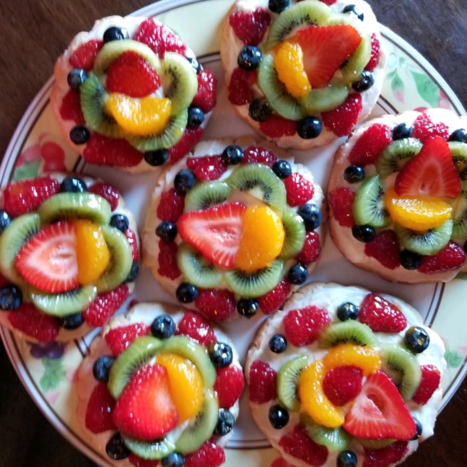 PHILADELPHIA® Fruit Pizza Nicki O.