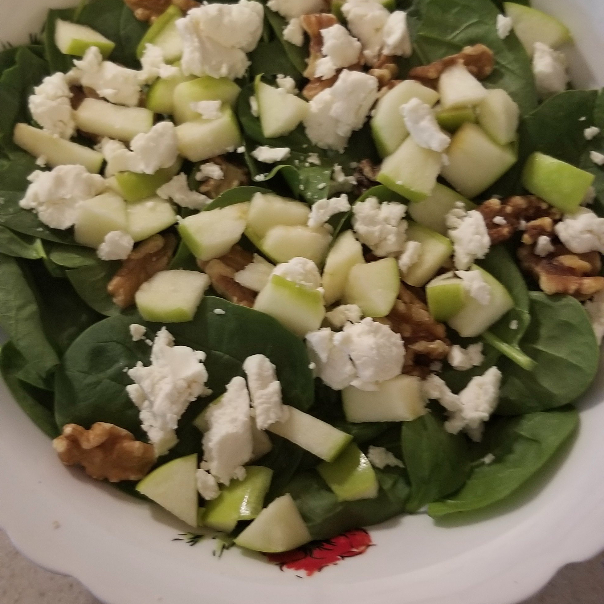 Spinach and Goat Cheese Salad smallbitesbigworld