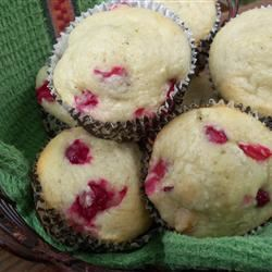 Cranberry-Cardamom Muffins pomplemousse