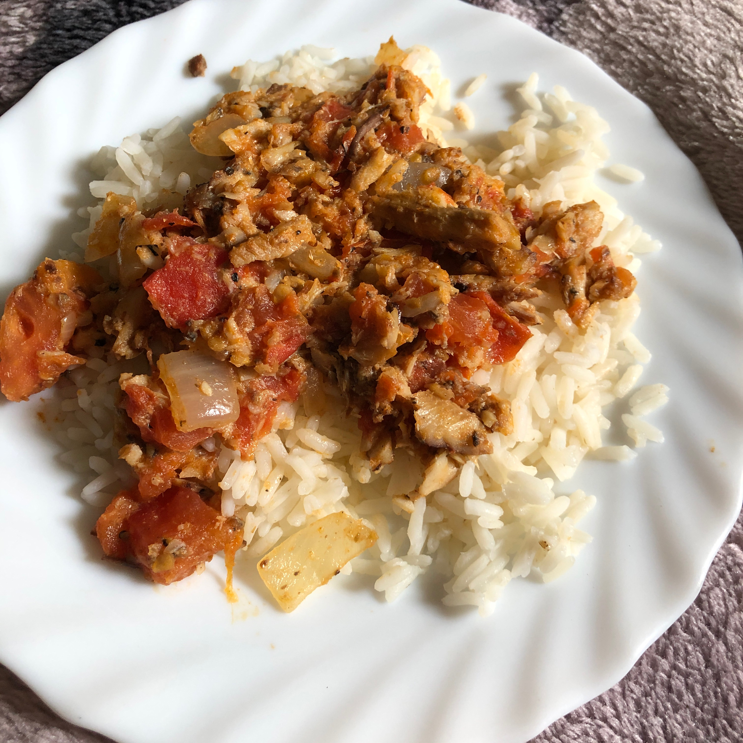 Island-Style Sardines and Rice