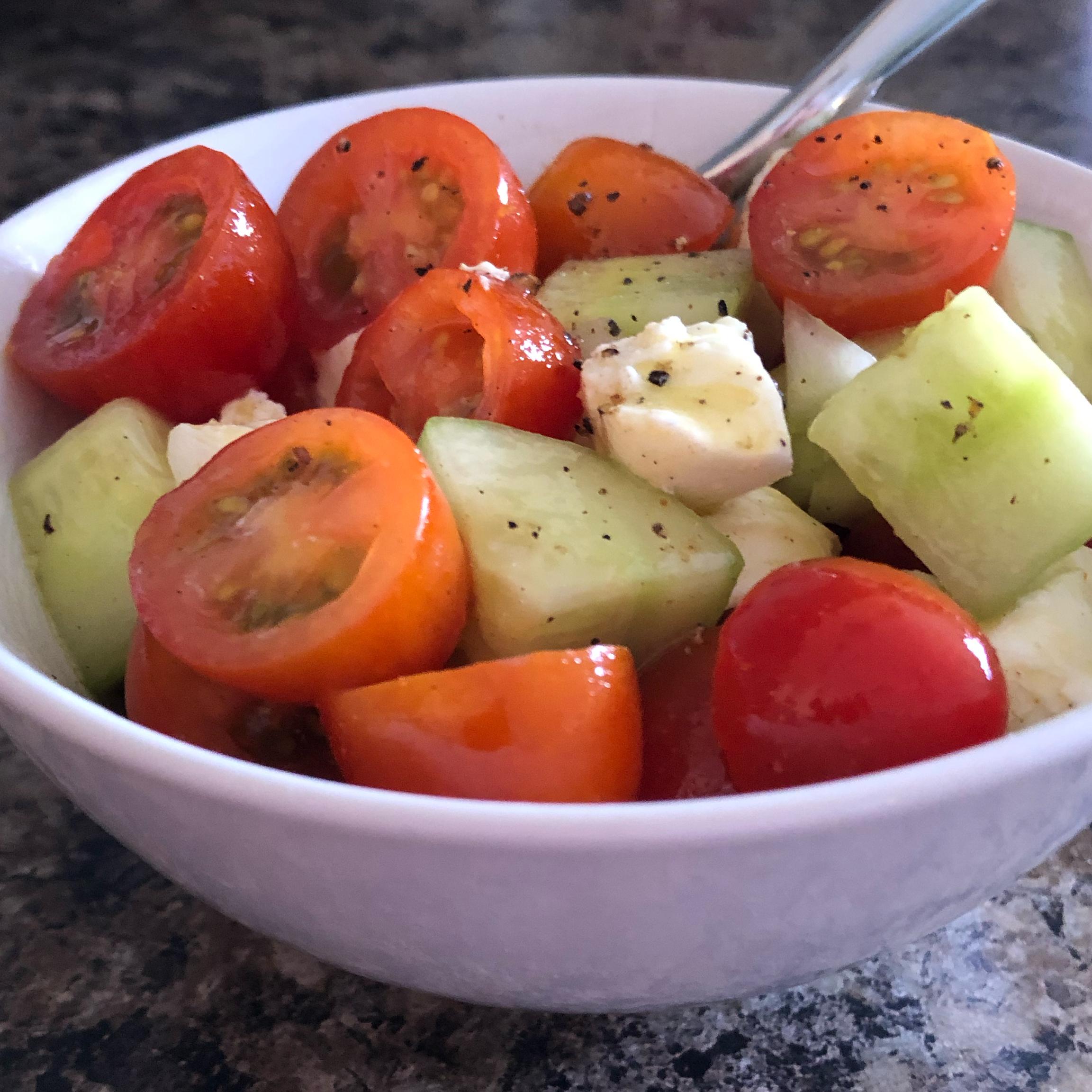 Summertime Tomato Salad cindylouwho