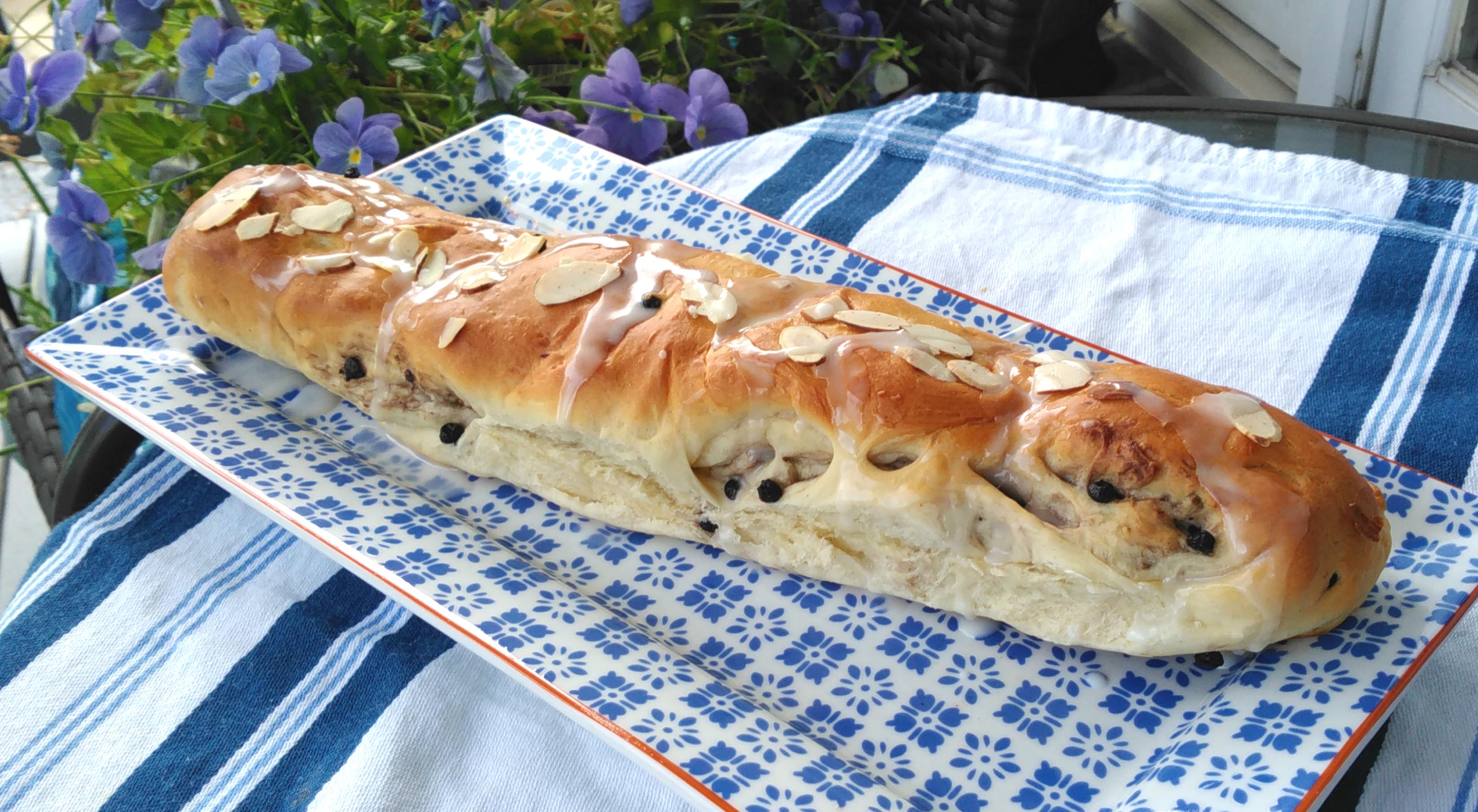 Lemon-Blueberry Yeast Bread