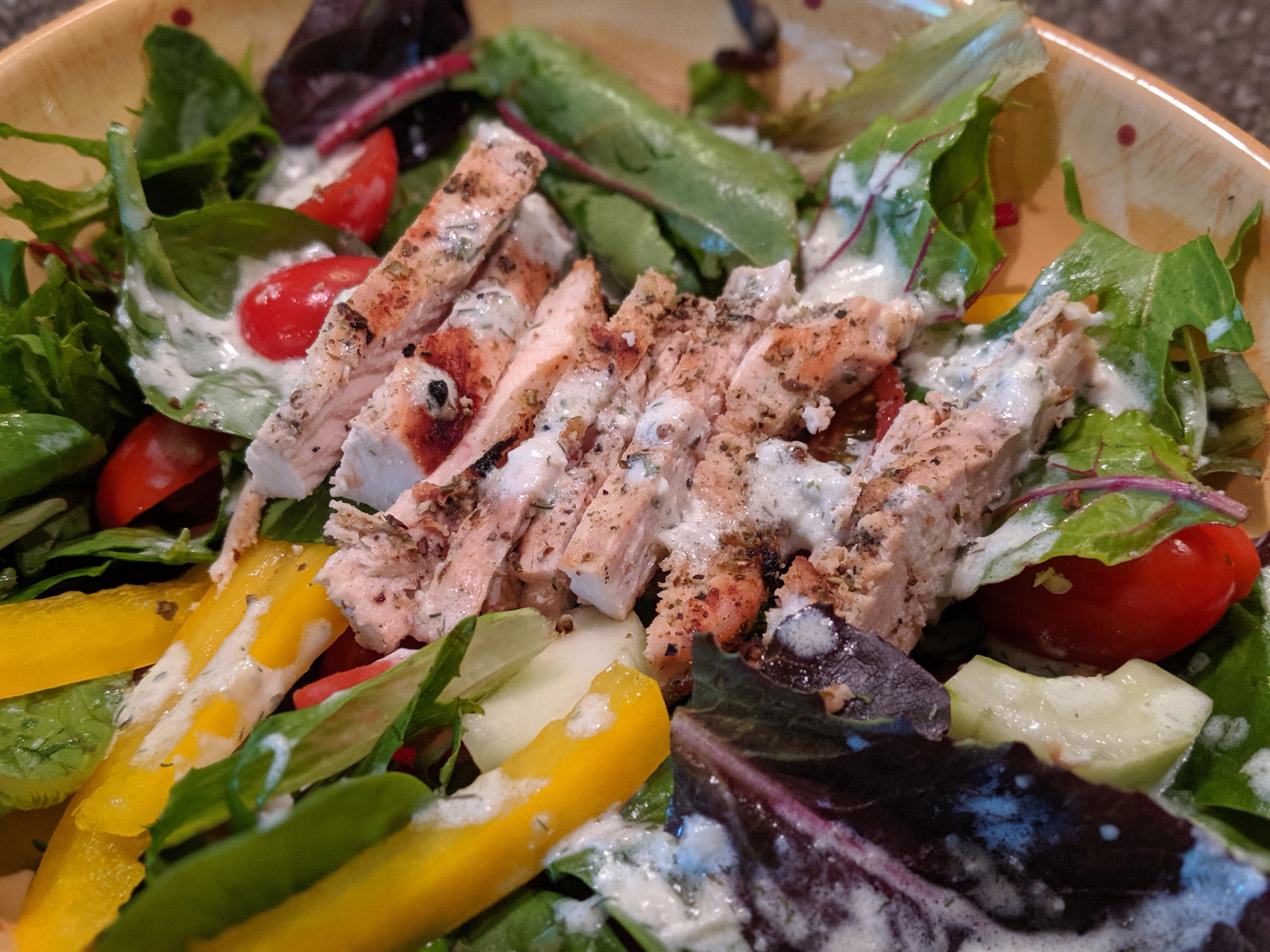 Chicken Souvlaki Salad SZYQ1