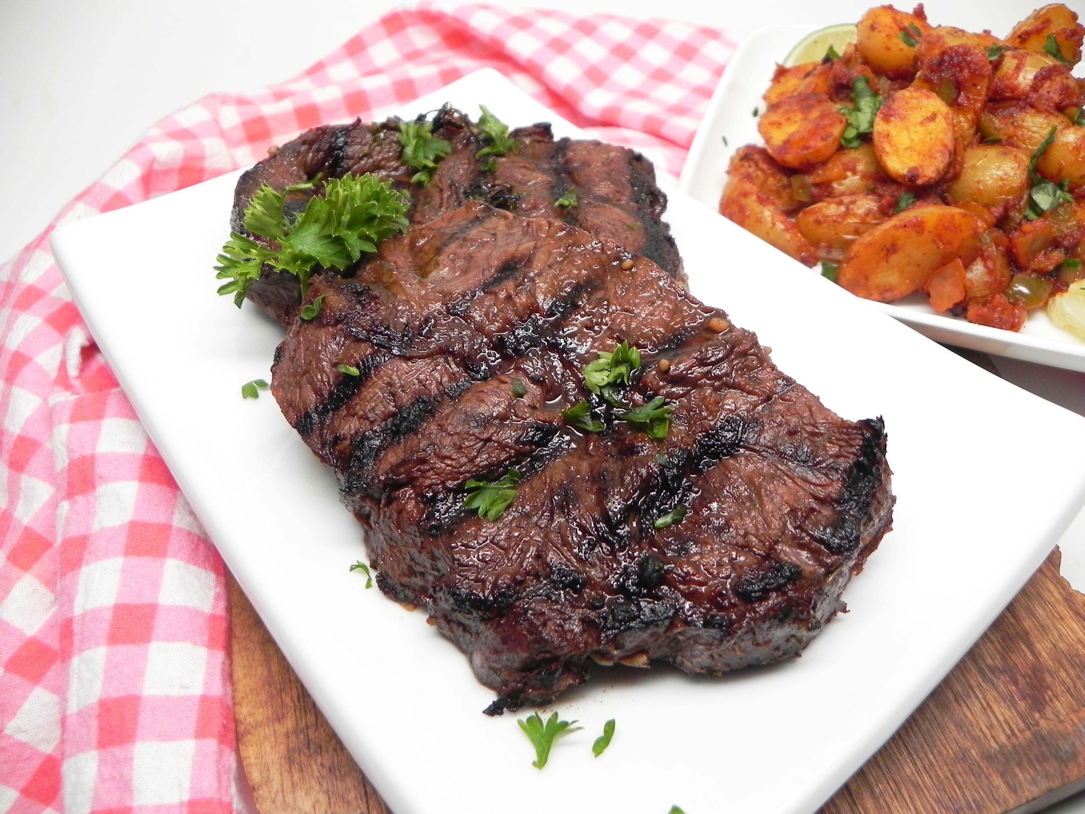 Garlic and Herb Marinade for Steak