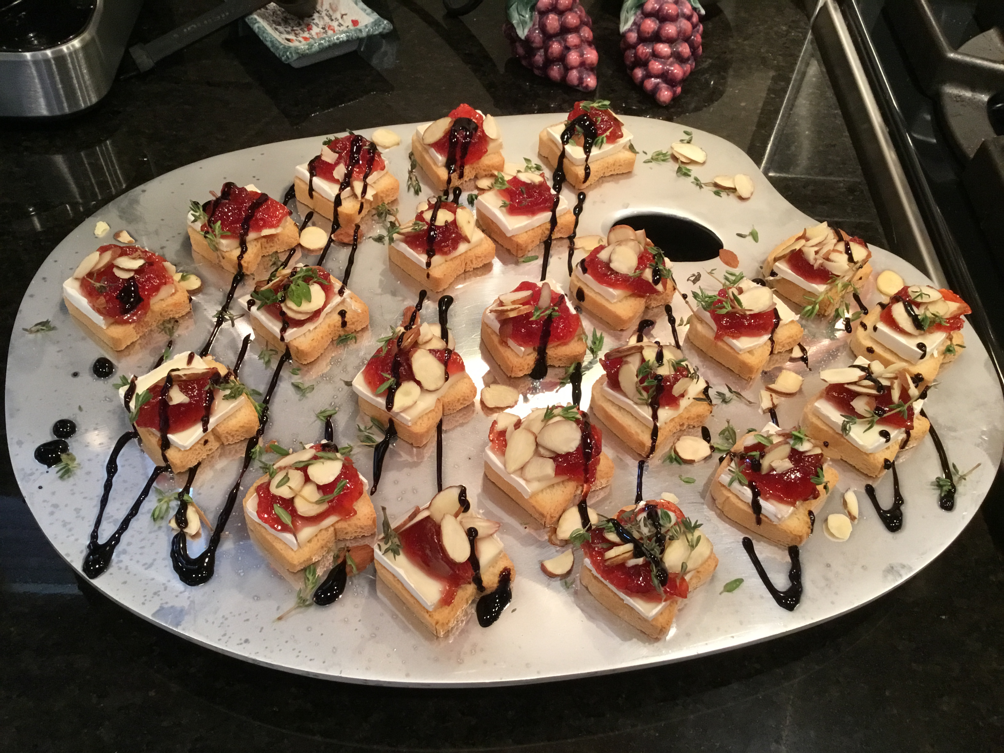 Petit Toasts with Brie, Fig, and Thyme Saveur