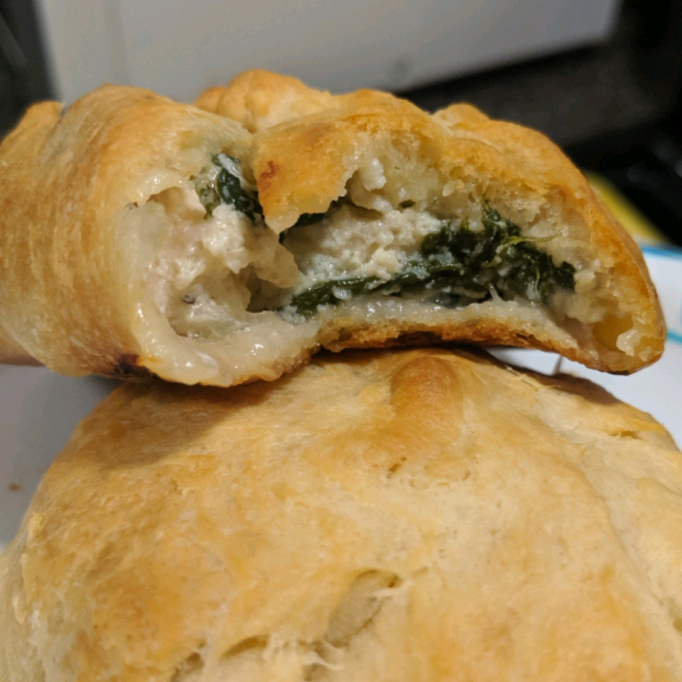 Chicken and Spinach Puffs Sarah Reyes